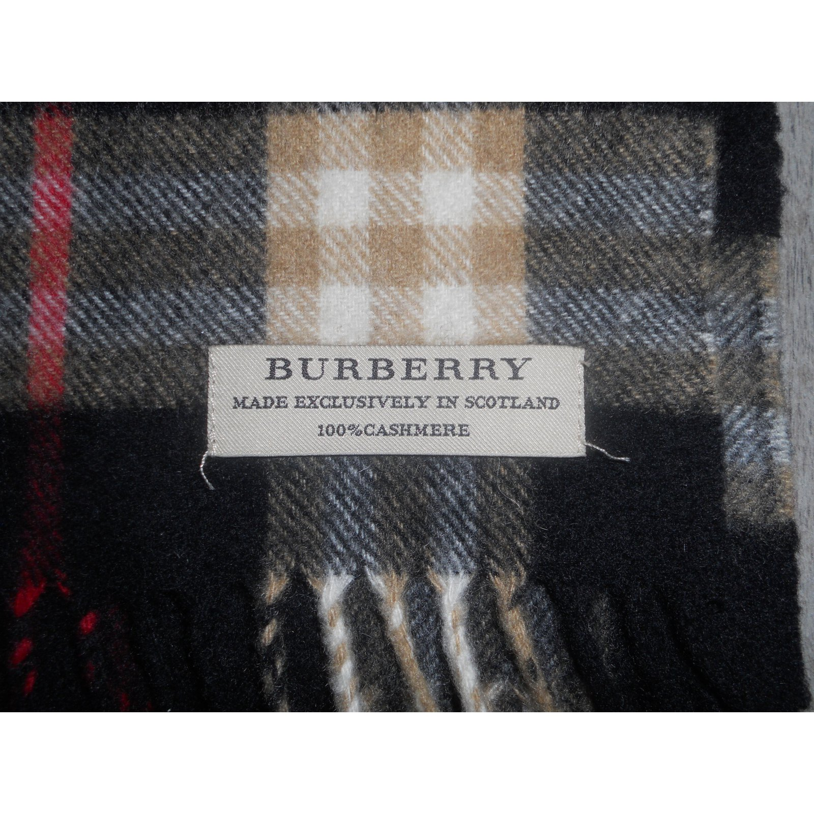 0518612f435 Foulards Burberry Echarpe 100 % cachemire Cachemire Multicolore ref.29770 -  Joli Closet