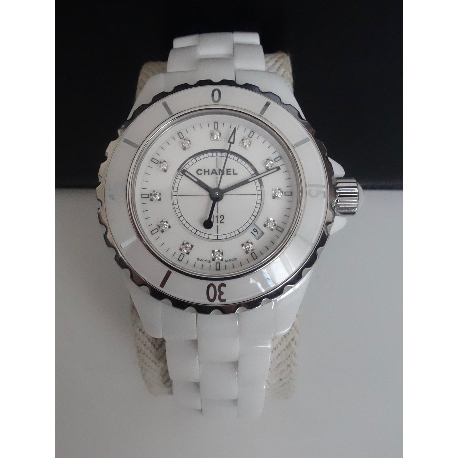 d46f0ef0f69 Montres Chanel MONTRE CHANEL J12 INDEX DIAMANTS Céramique Blanc ref.29993 -  Joli Closet
