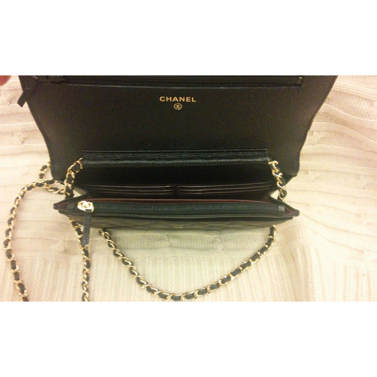 b50b24a1ef4 Chanel Small Clutch with classic chain Clutch bags Leather Black ref.32224  - Joli Closet