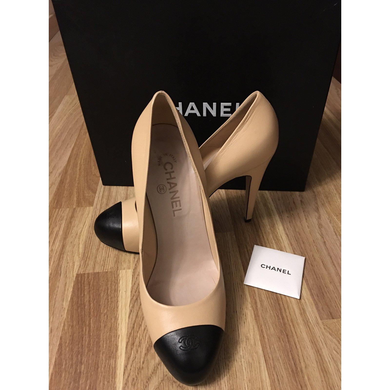 Escarpins Chanel Escarpins Cuir Noir Beige Ref 34287 Joli Closet
