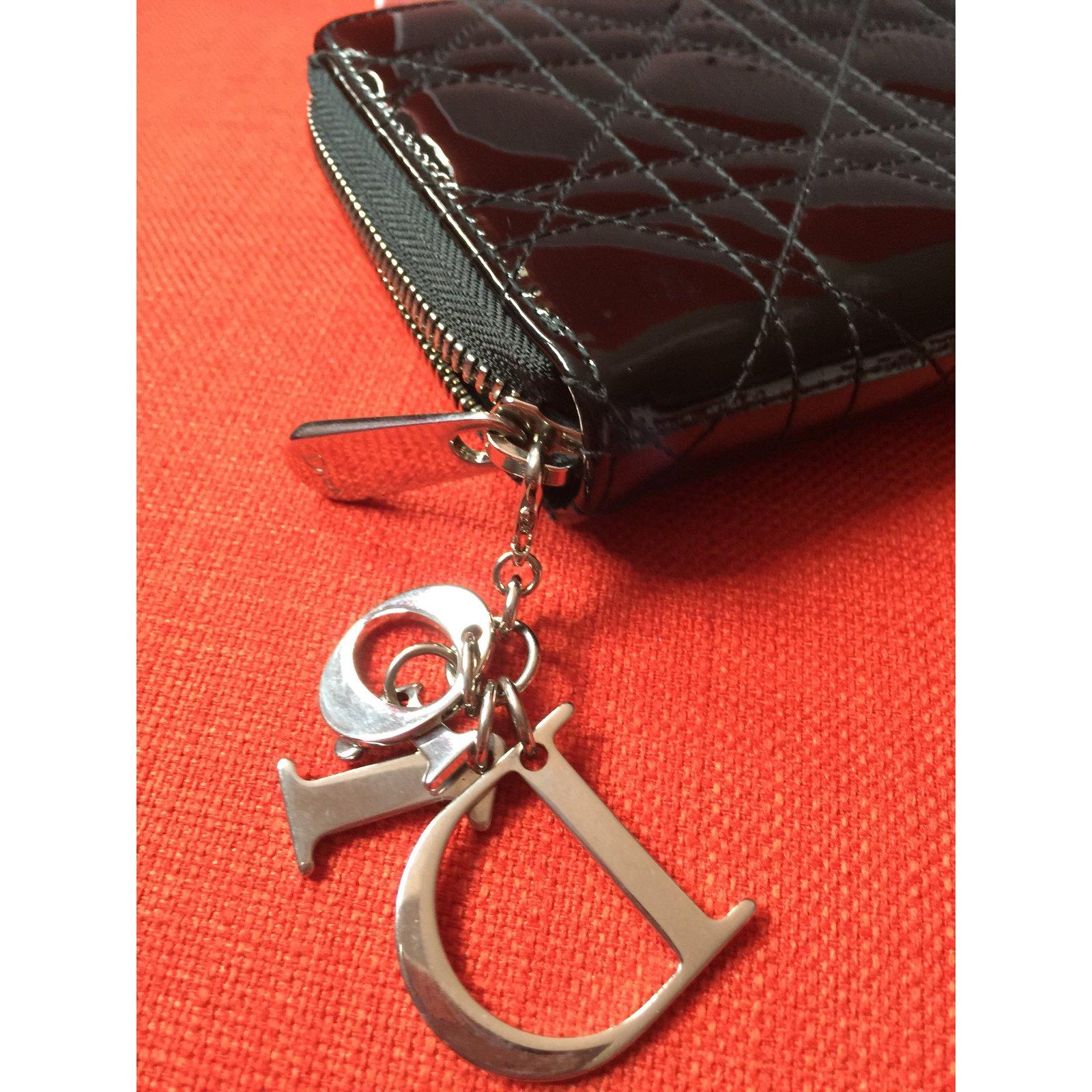 025658be7c6b Petite maroquinerie Dior Portefeuille dior Cuir vernis Noir ref.35291 -  Joli Closet