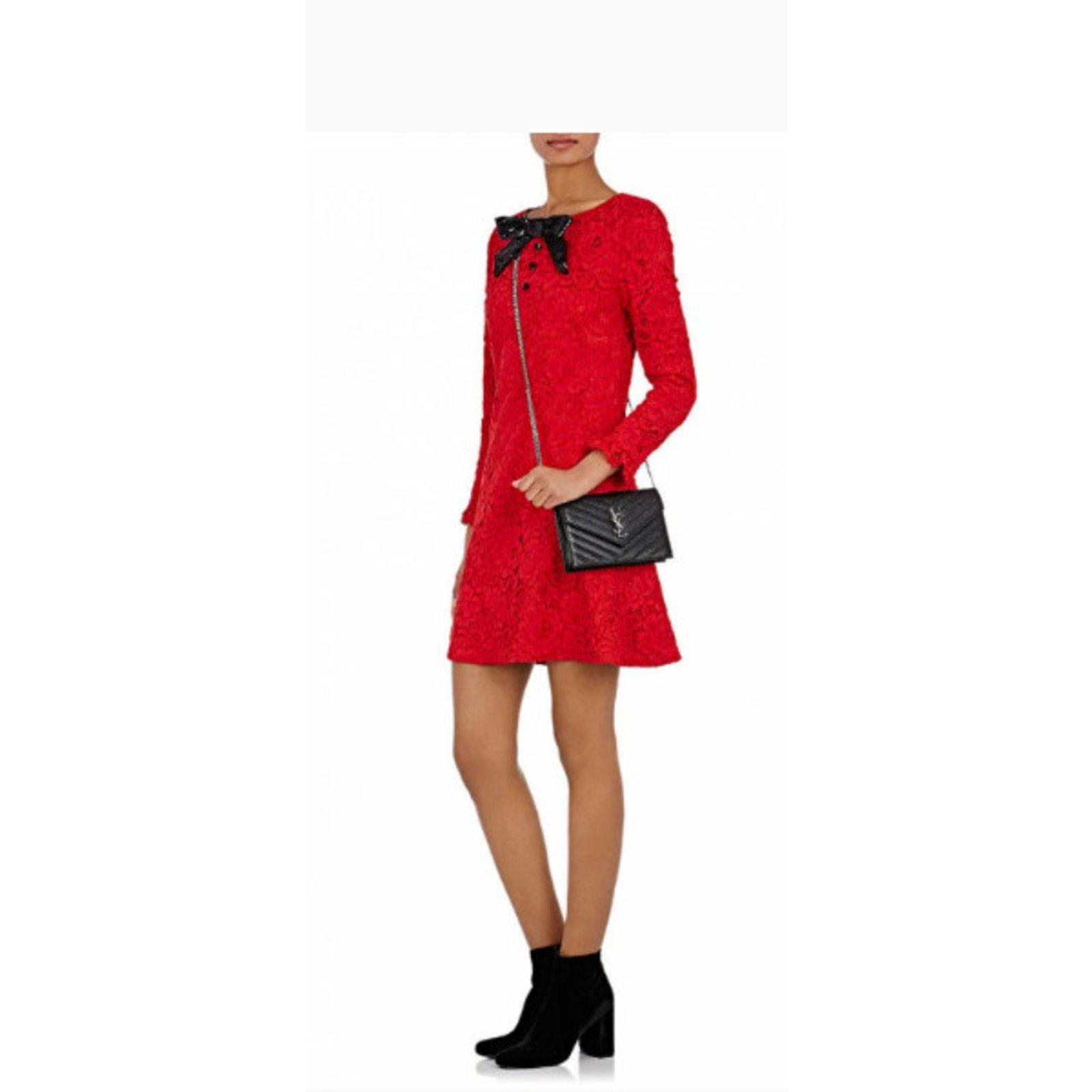 6da0705ddfe Yves Saint Laurent Saint Laurent Classic Monogram Chain Wallet Ba Handbags  Leather White ref.35427 - Joli Closet