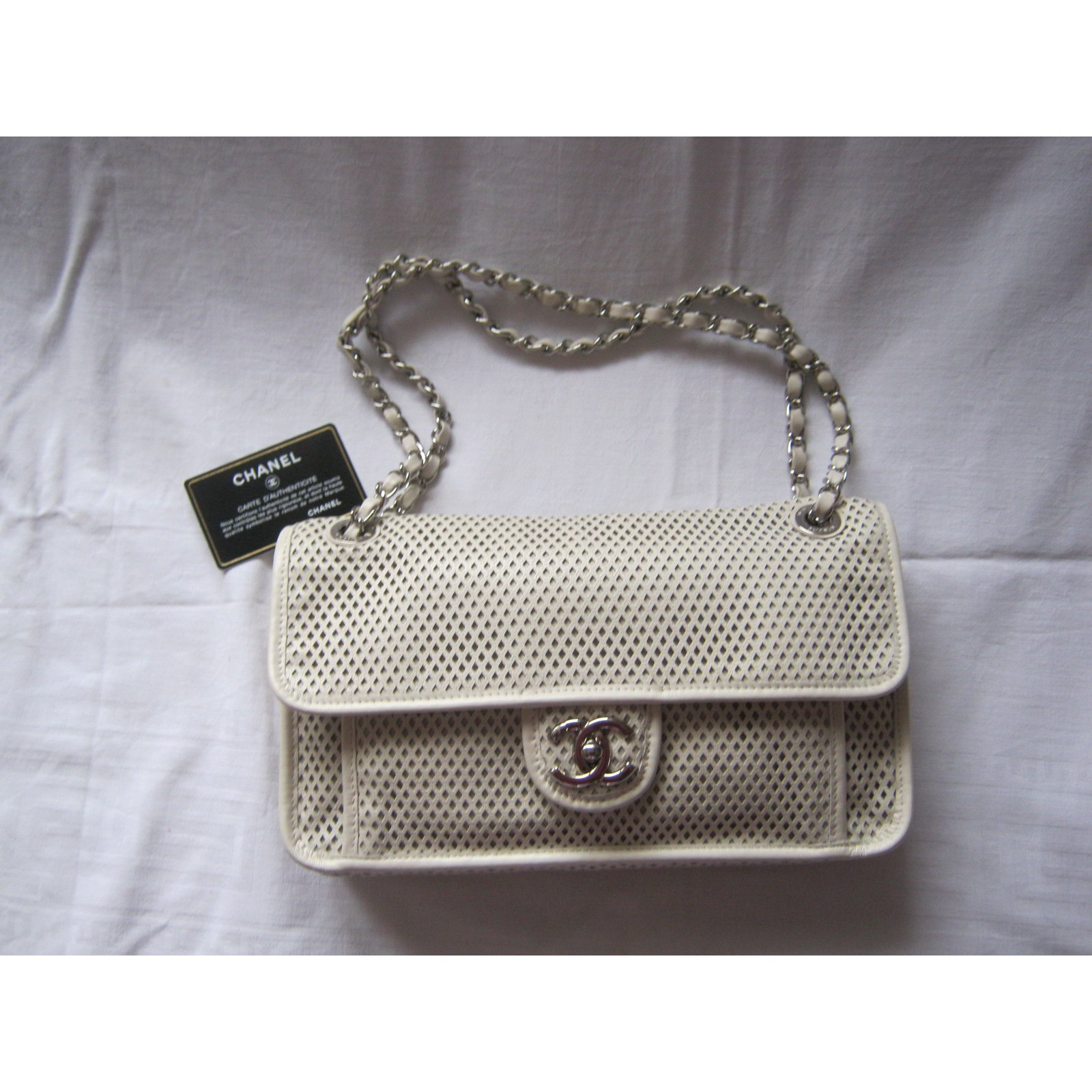 6b67efacdf47 Chanel French riviera Flap Bag Handbags Leather Cream ref.35431 - Joli  Closet