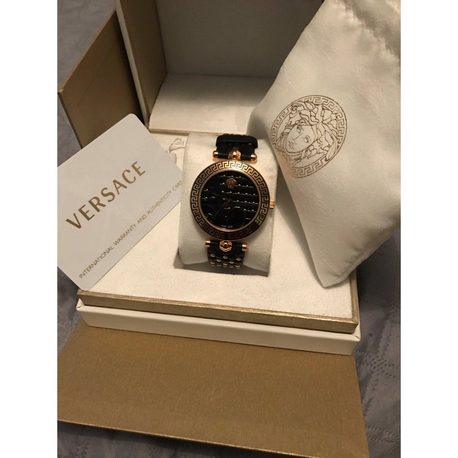 Montres Versace Montre femme Versace VK703 0013 - neuve authentique Cuir  Noir,Doré ref.37356 - Joli Closet 2eebb58b6d8