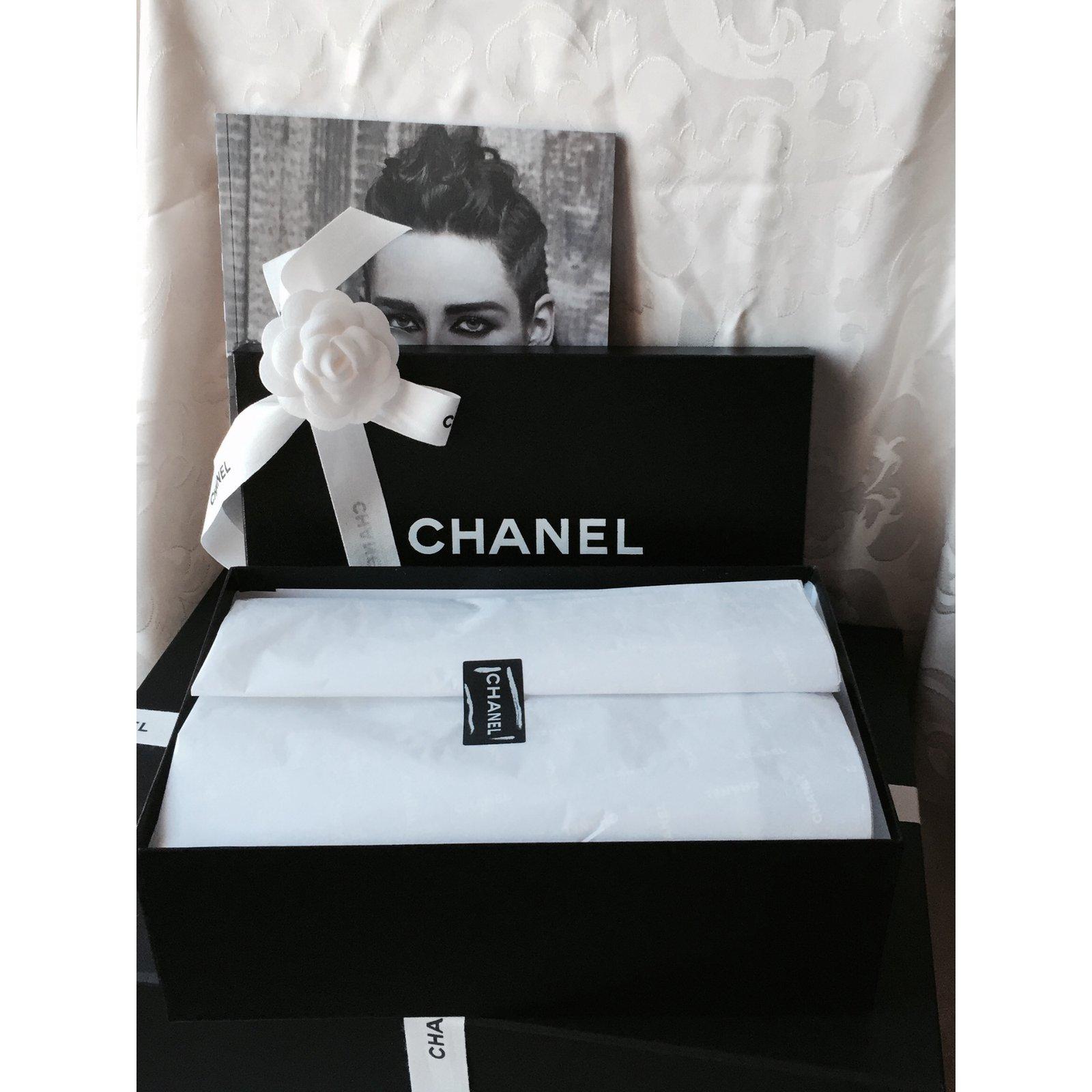 Chanel Sandals Sandals Leather Golden Ref 37566 Joli Closet