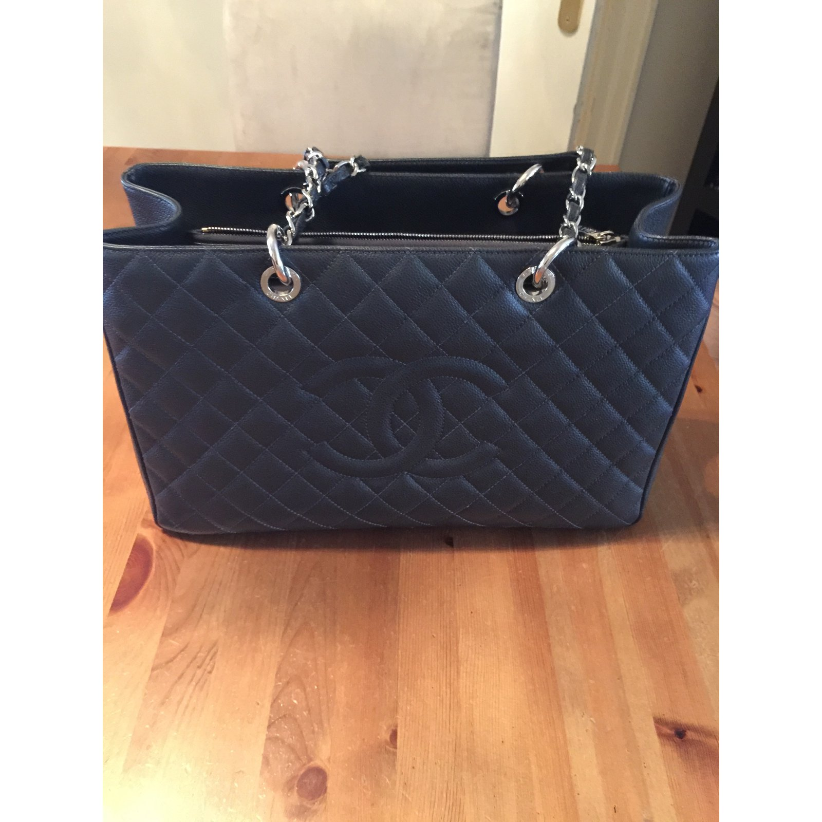 84ea82b5532b Chanel GST Totes Leather Dark grey ref.39011 - Joli Closet