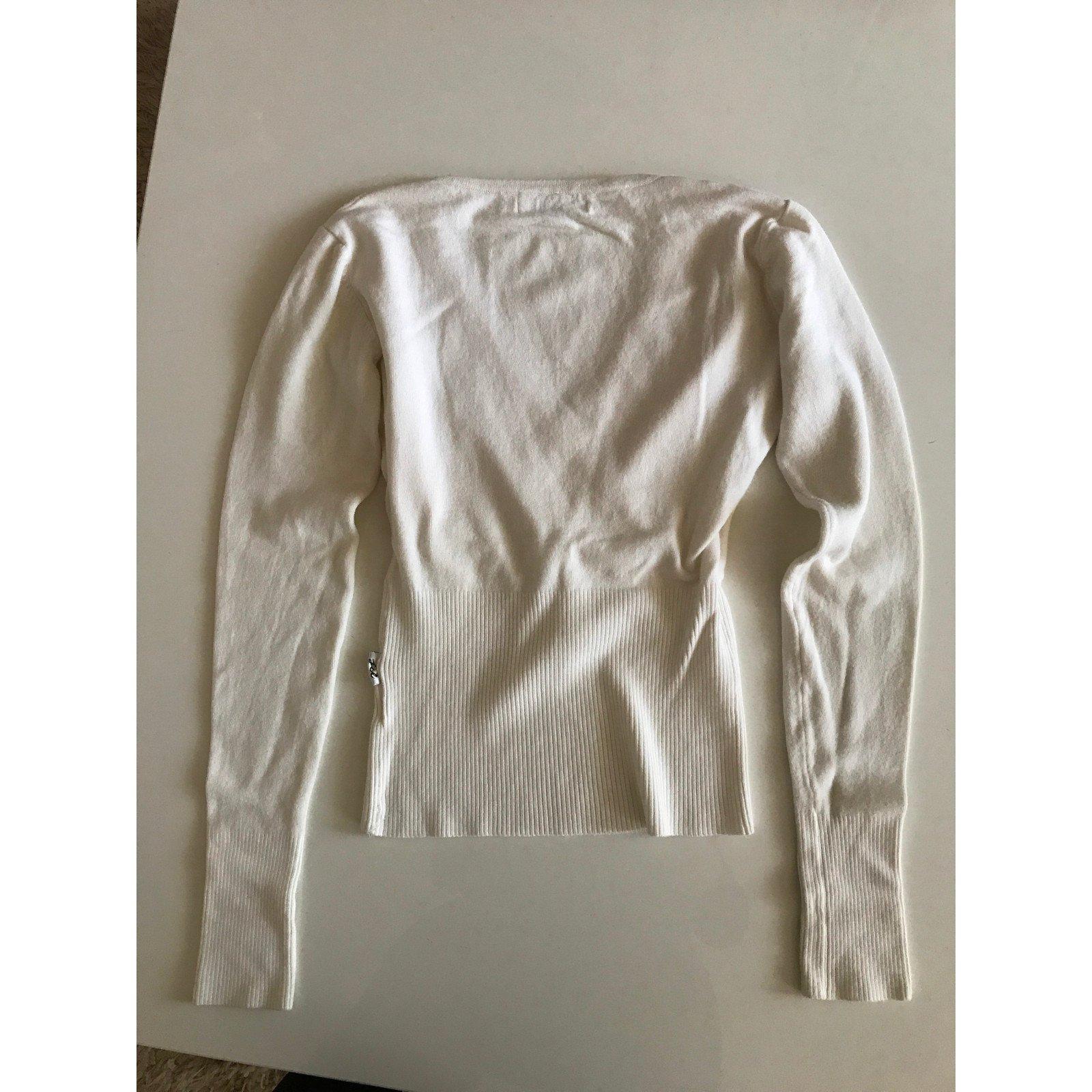 pulls gilets autre marque cache coeur blanc jcl acrylique blanc joli closet. Black Bedroom Furniture Sets. Home Design Ideas