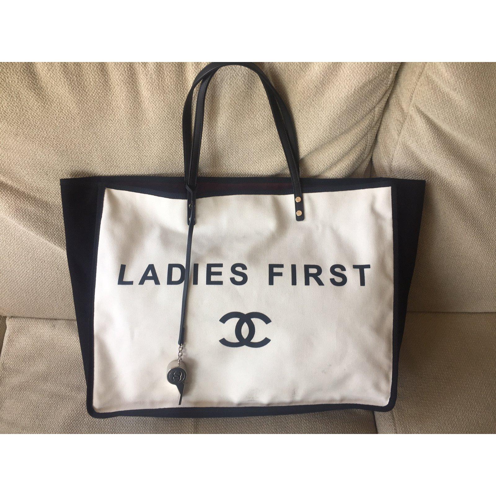 d4aaad6c6349a2 Chanel Handbag Handbags Cotton Cream ref.41286 - Joli Closet