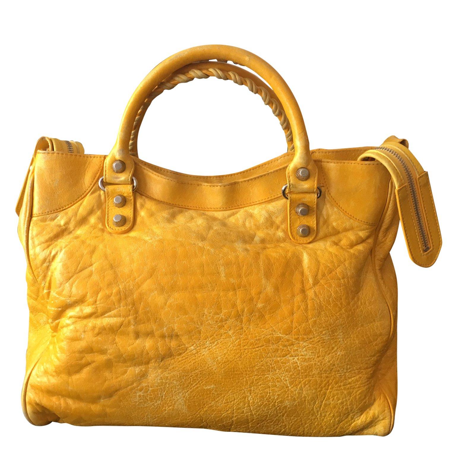Sacs main balenciaga velo cuir jaune joli closet - Sac a velo ...