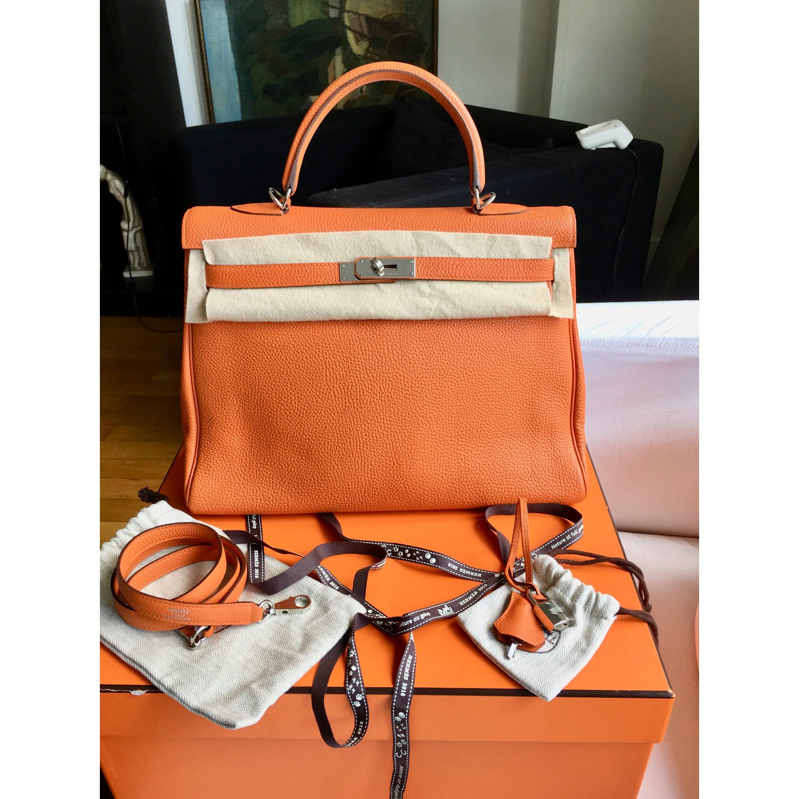 399168ee380d Hermès Kelly 35 cm Handbags Leather Orange ref.41525 - Joli Closet