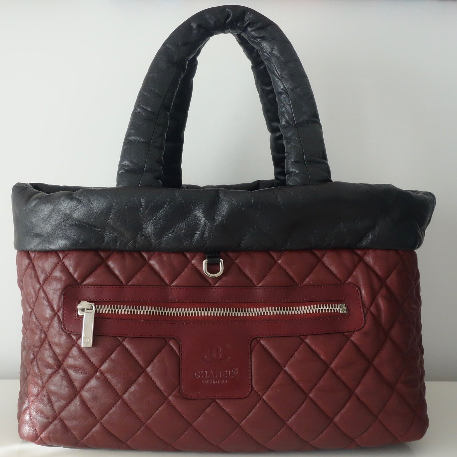7c3c9c7aa343 Chanel Chanel shopping bag Cocoon - large model Reversible! Handbags  Leather Black ref.41894 - Joli Closet