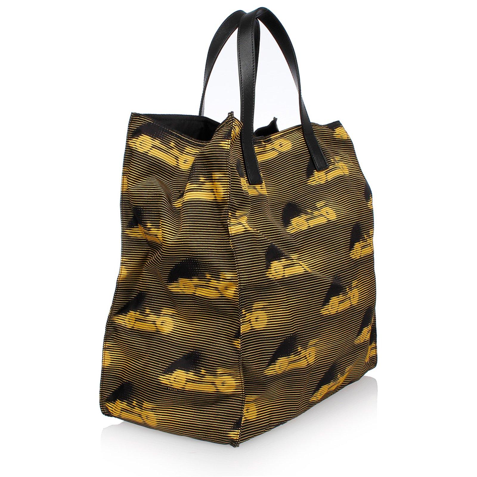 Prada Nylon Bag With Shoulder Strap Bags Briefcases Black Ref 42413 Joli Closet