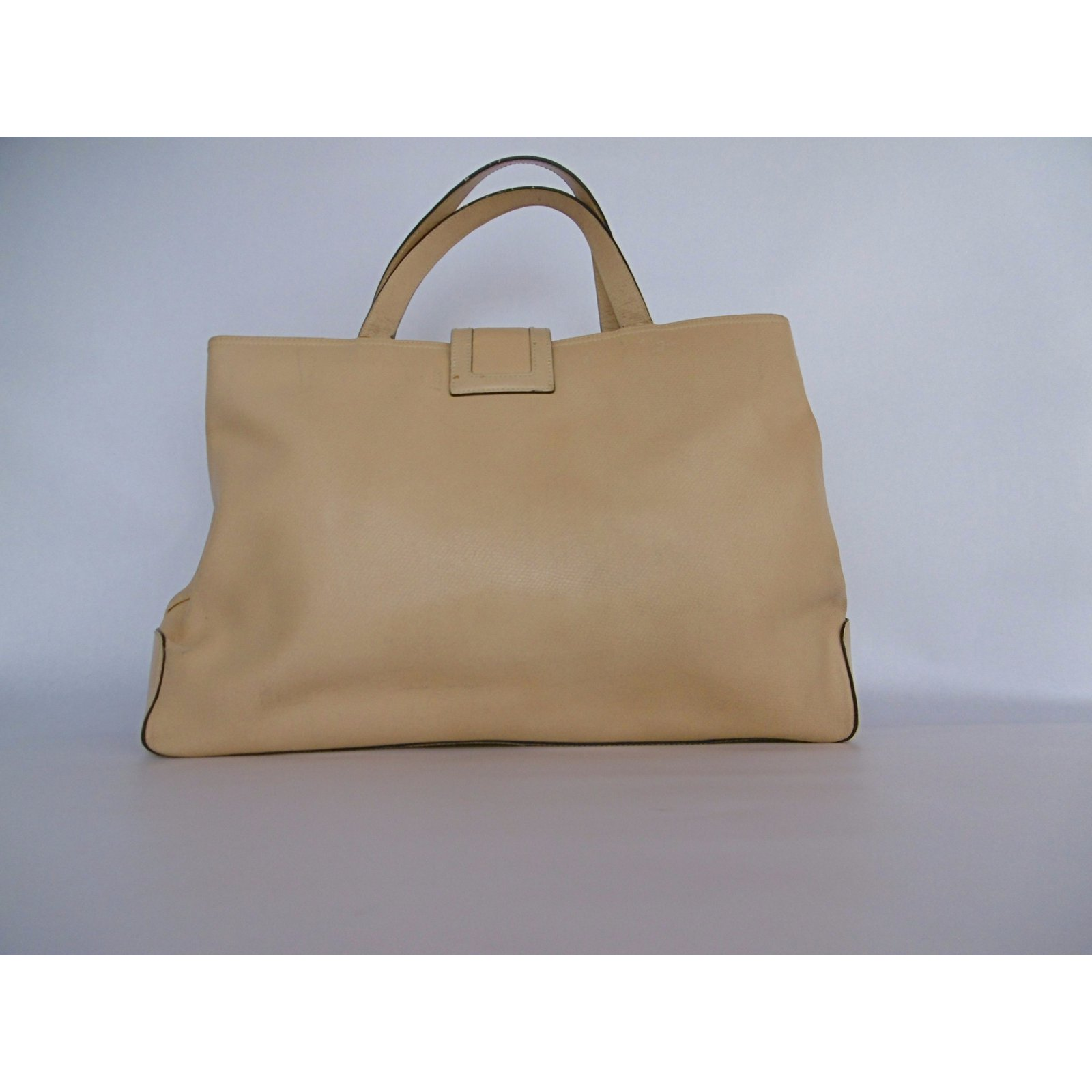 0cc8714638 Givenchy Givenchy Leather Tote Hand Bag Handbags Leather Beige ref.42568 -  Joli Closet