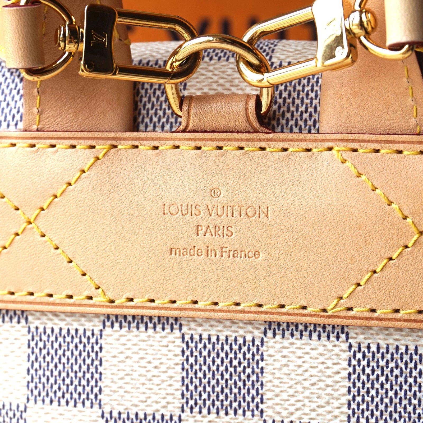 Louis Vuitton SPERONE BB Backpacks Leather White ref.43686 - Joli Closet 735ffb619703f