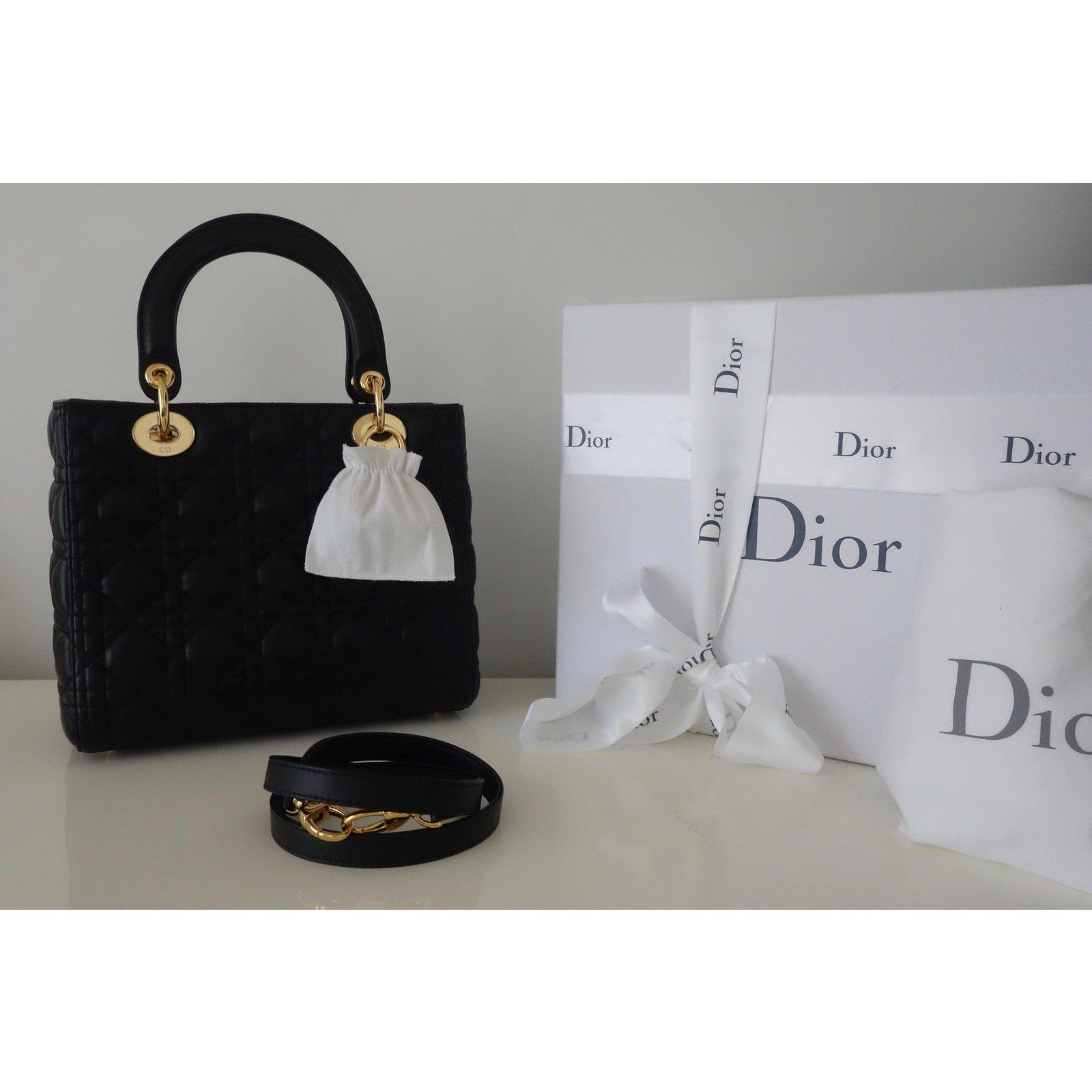 56cd5ef9b4 Sacs à main Christian Dior SAC LADY DIOR NOIR MEDIUM Cuir Noir ref.44821 -  Joli Closet