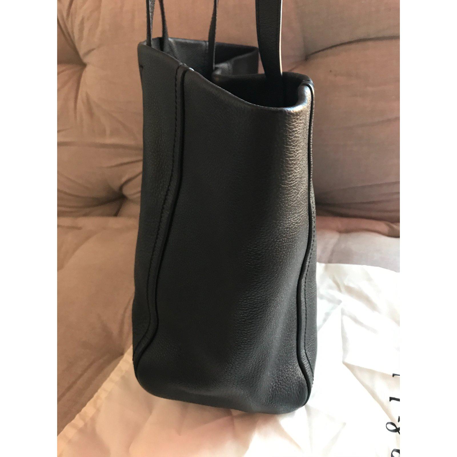 b28695e0d64 Bimba & Lola Handbag Totes Leather Black,Golden ref.44837 - Joli Closet