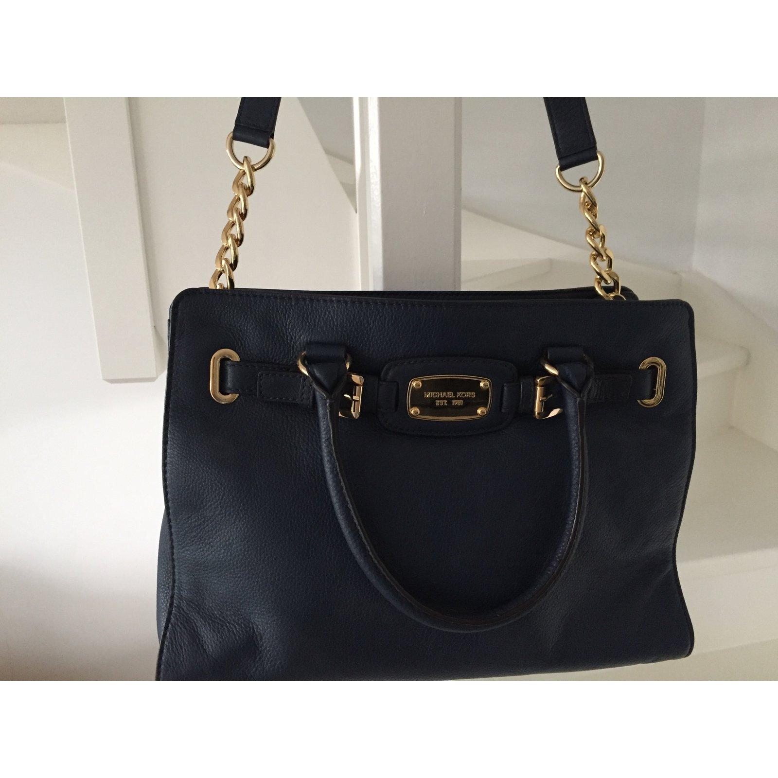 8df0f37b5b535b Michael Kors Handbags Handbags Leather Navy blue ref.45299 - Joli Closet