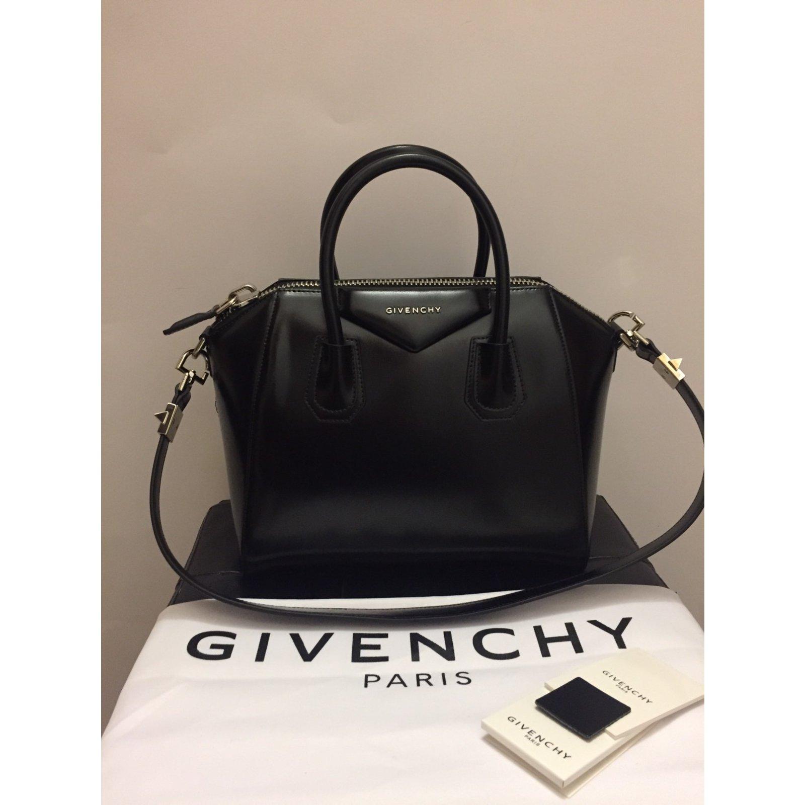 Givenchy Antigona Small Handbags Leather Black Ref 45573 Joli Closet