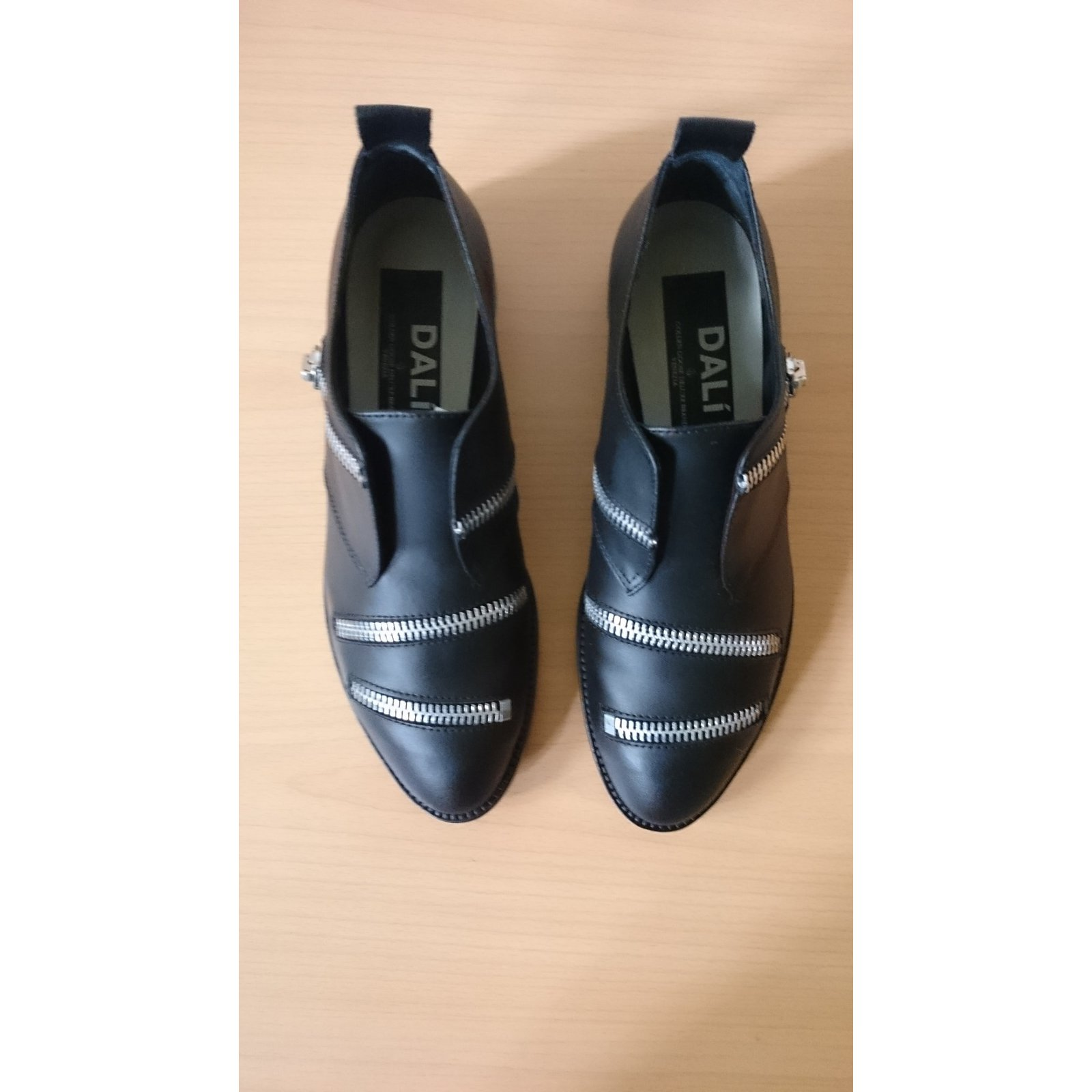 1526b75ba145 Golden Goose Loafers Flats Leather Black ref.46042 - Joli Closet