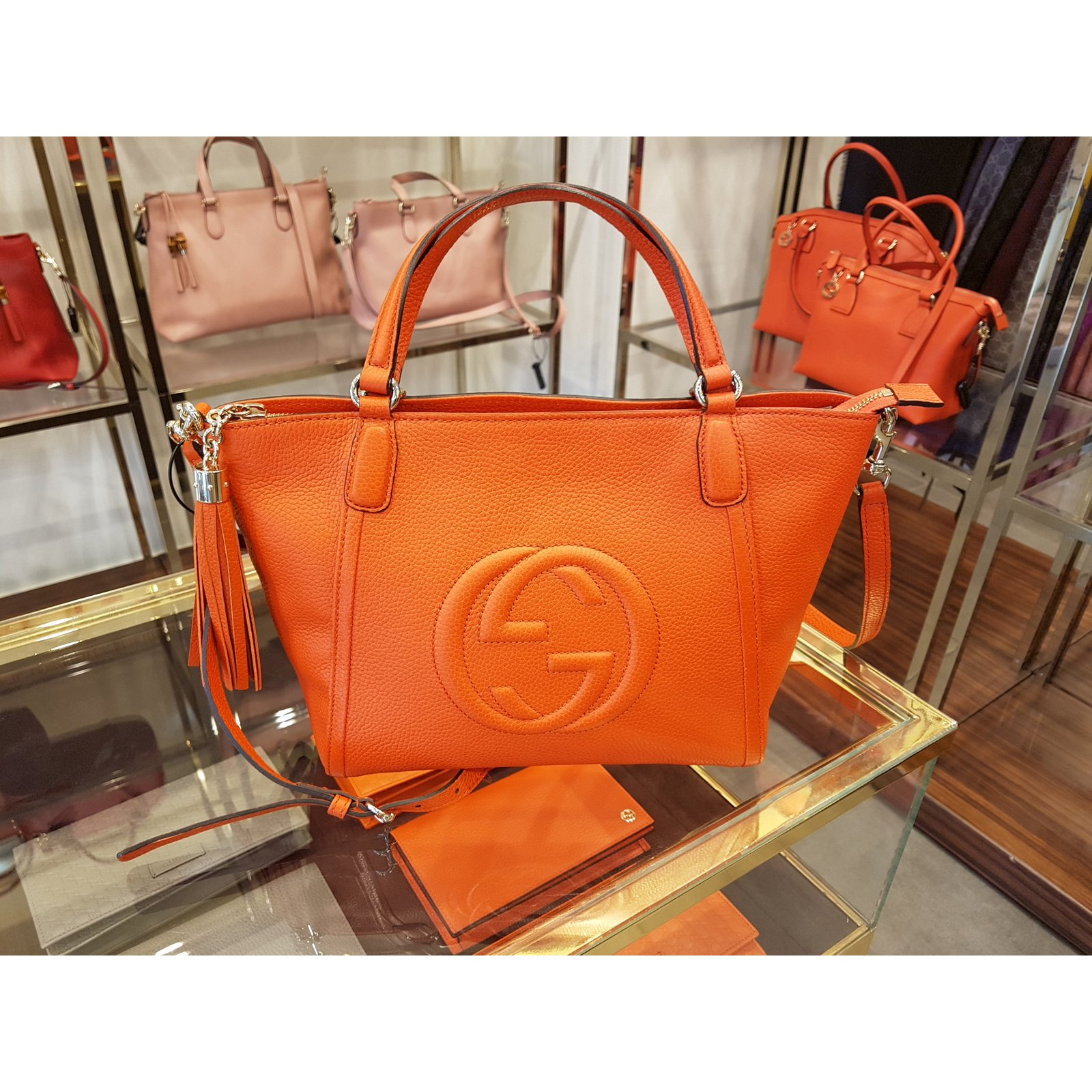 97cd09e0f222 Sacs à main Gucci Sacs à main Cuir Orange ref.47313 - Joli Closet