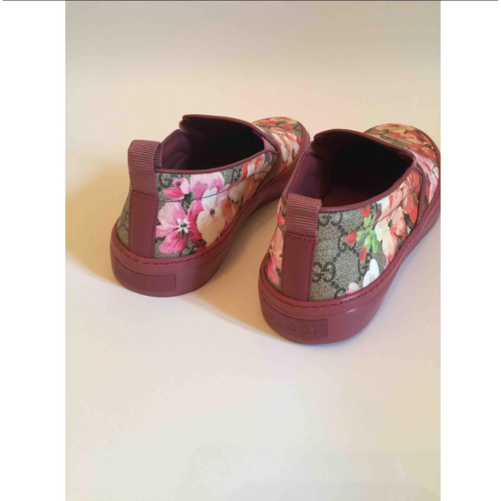 70ccc7482 Gucci Gucci floral sneakers Sneakers Leather Other ref.48285 - Joli Closet