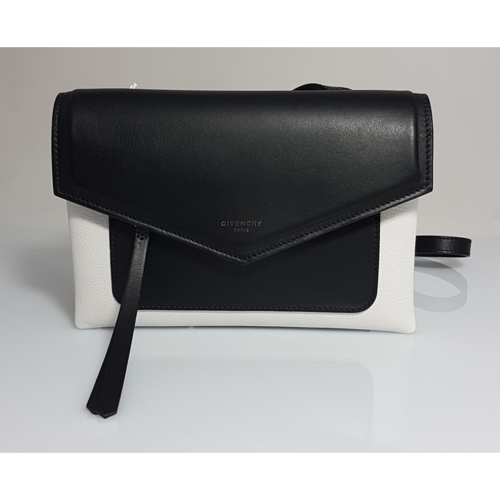 352414d671 Givenchy Givenchy Duetto Crossbody bag Handbags Leather Multiple ...