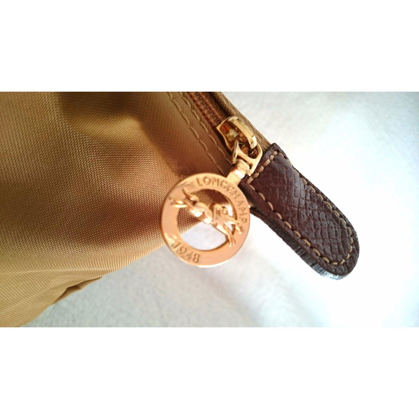 cd95971a2454 Longchamp Handbags Handbags Leather