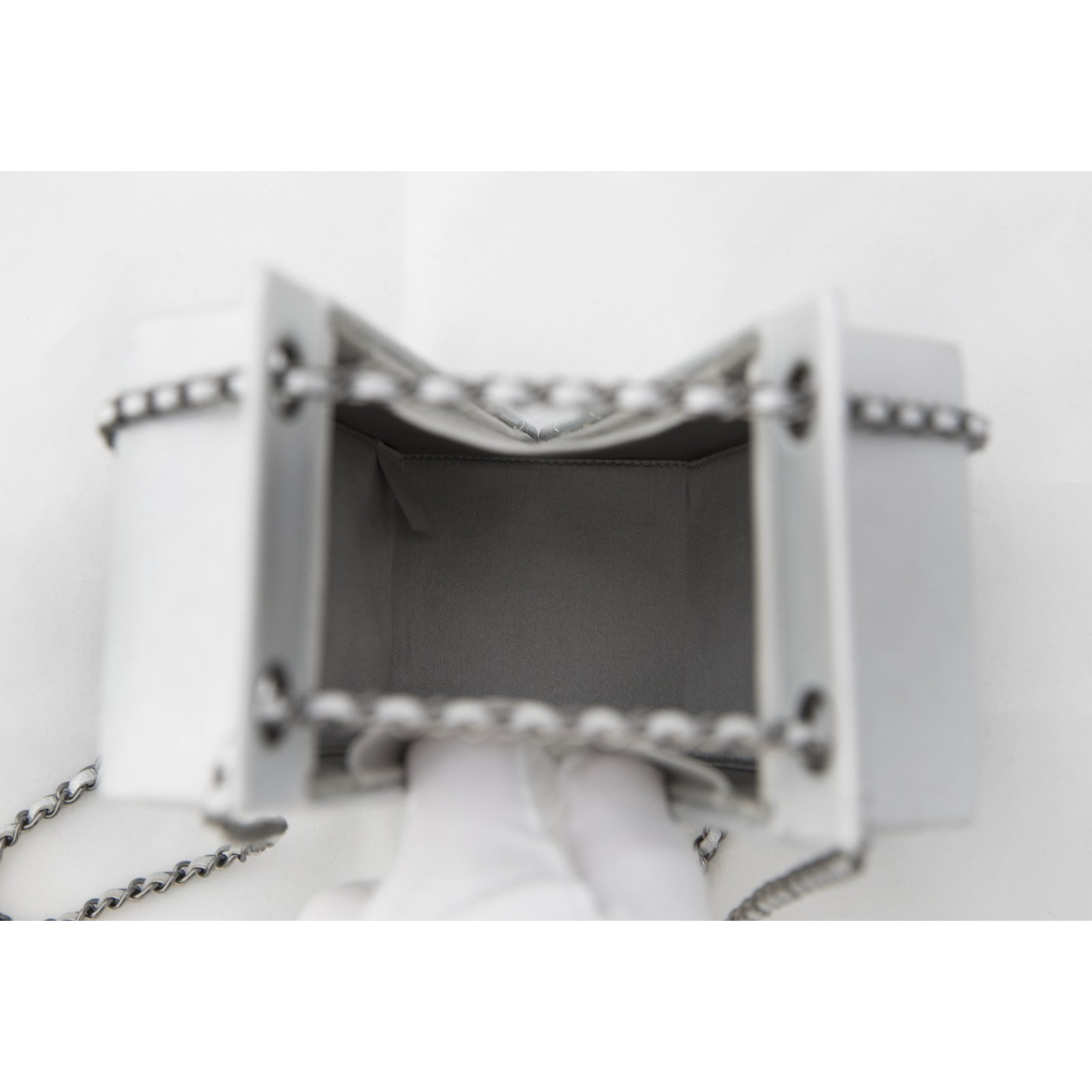 c4282b6a7716 Chanel Lait de Coco Bag 14A Fall 2014 Supermarket Collection Handbags  Leather,Goatskin Silvery ref.49652 - Joli Closet