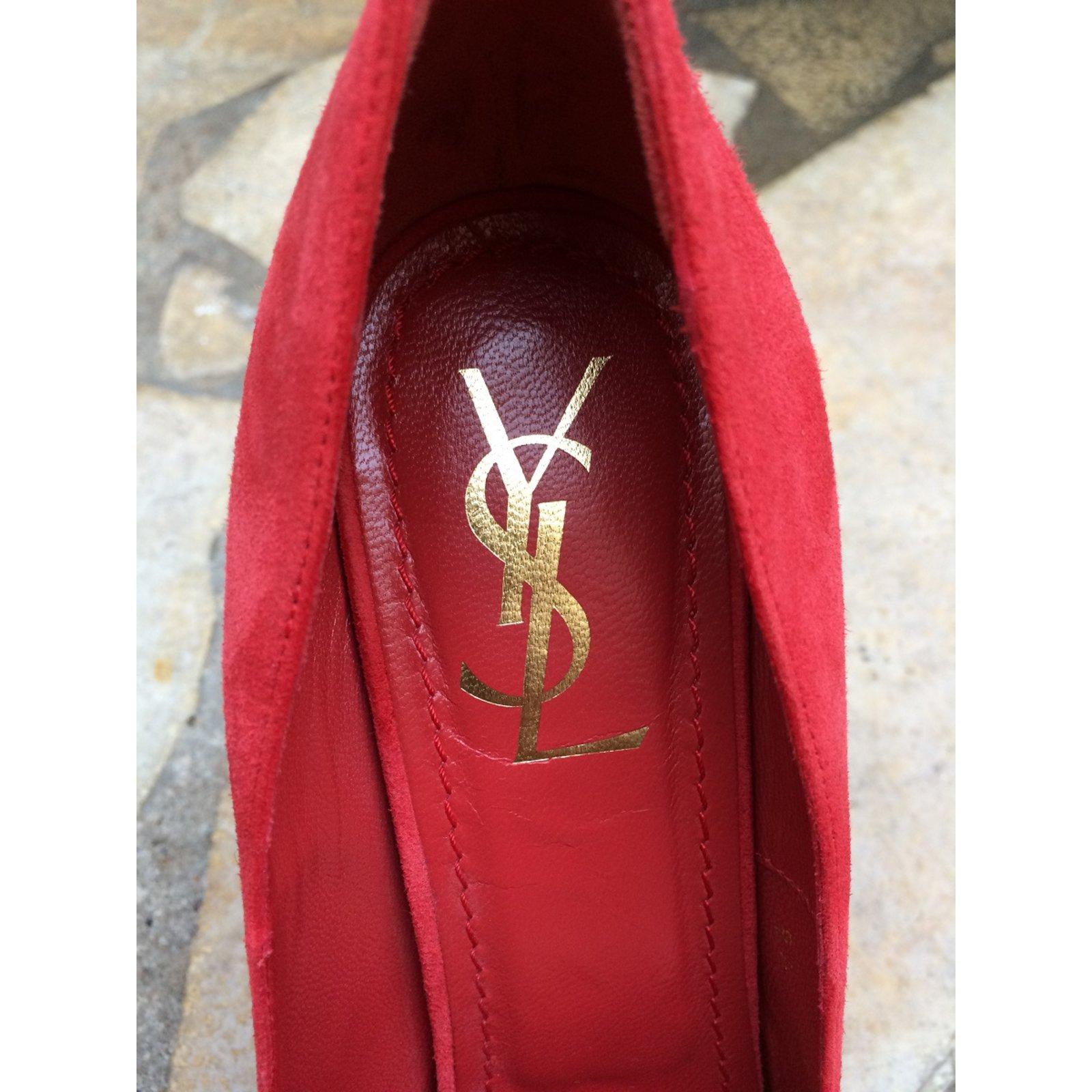 09fa3ba1bdb6c Facebook · Pin This. Yves Saint Laurent Heels Heels Leather Red ref.49702