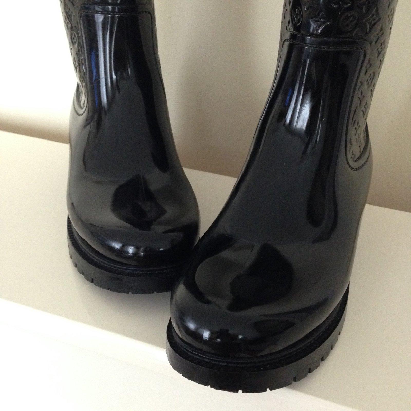 Bottes Louis Vuitton Psplash bottes lv Caoutchouc Noir ref.50709 - Joli  Closet e4c20c339dc