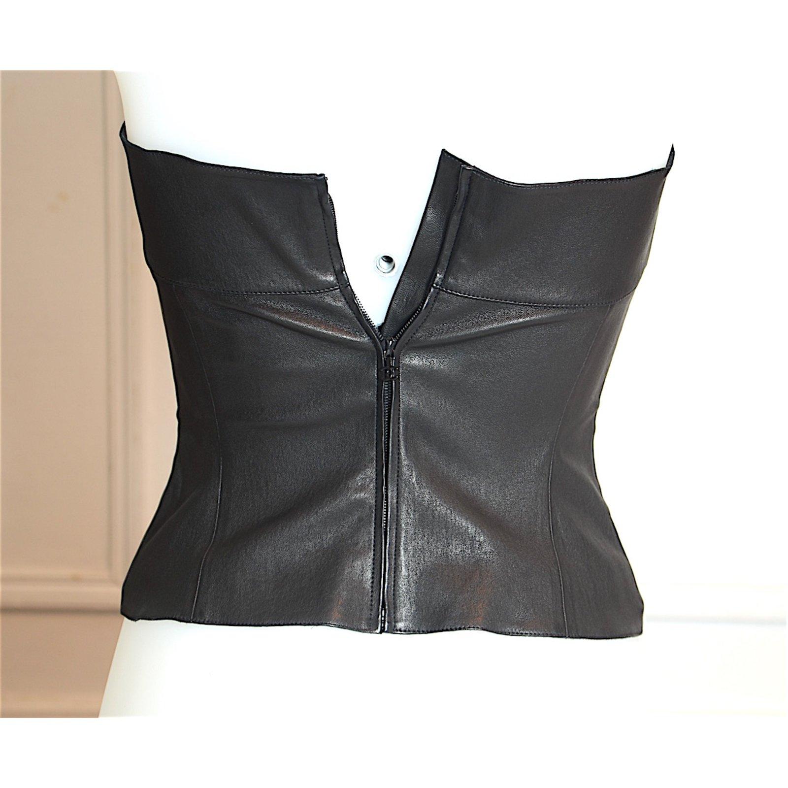 tops chanel bustier en cuir chanel cuir noir joli closet. Black Bedroom Furniture Sets. Home Design Ideas