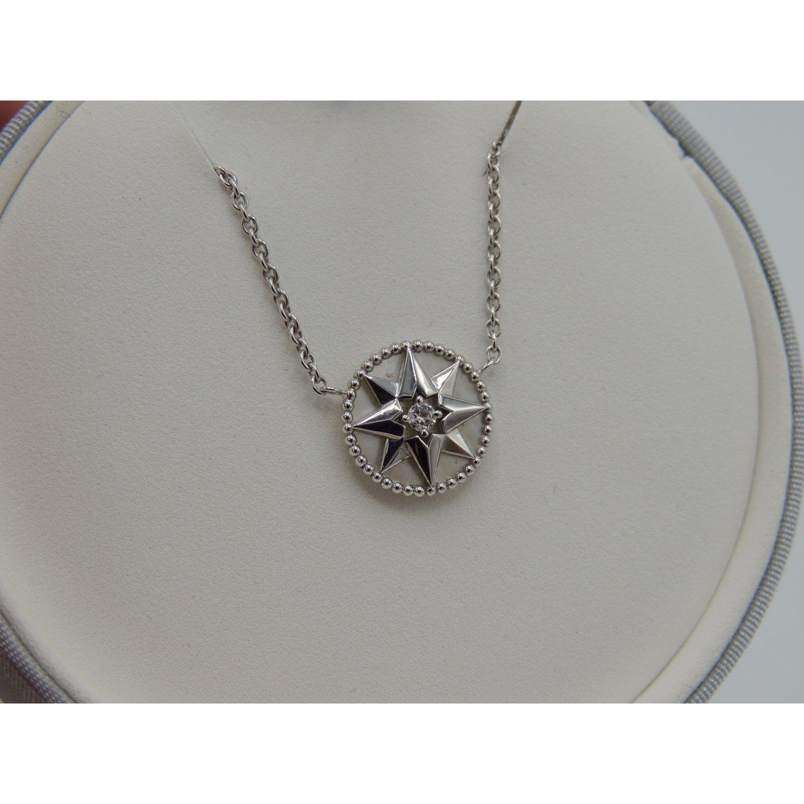 74eb78d7b7 Necklaces