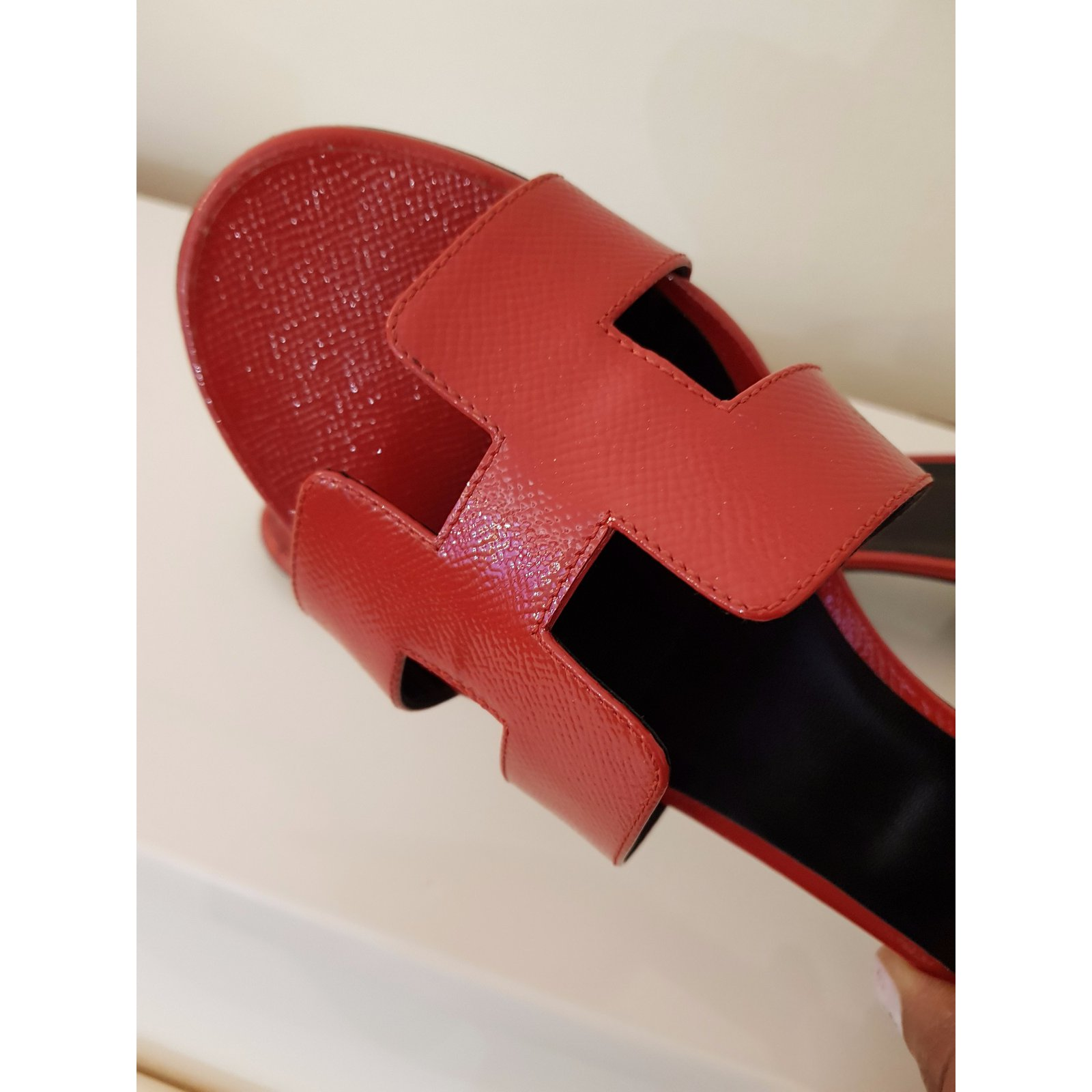e9ca31dfcd97 Facebook · Pin This. Hermès OASIS EPSOM VERNIS Sandals Patent leather Red  ...