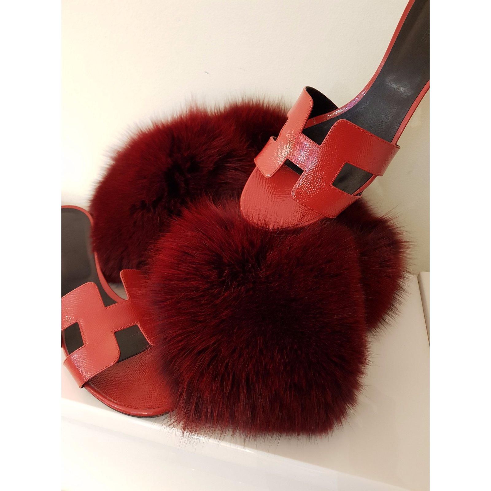 4fd1c07d3c24 Hermès OASIS EPSOM VERNIS Sandals Patent leather Red ref.51922 - Joli Closet