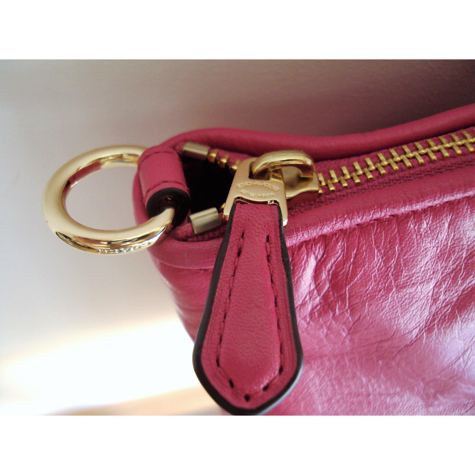 b5cbcb3a9017 Coach Coach - twisted kelsey bag Handbags Leather Pink ref.52158 - Joli  Closet