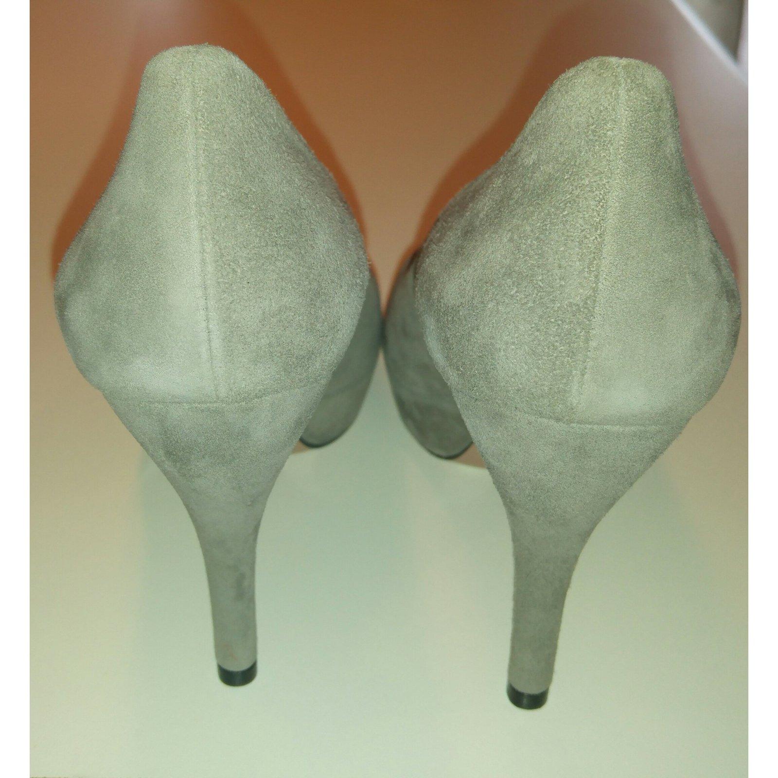 edbeae1d657 Gucci Heels Heels Suede Grey ref.52426 - Joli Closet