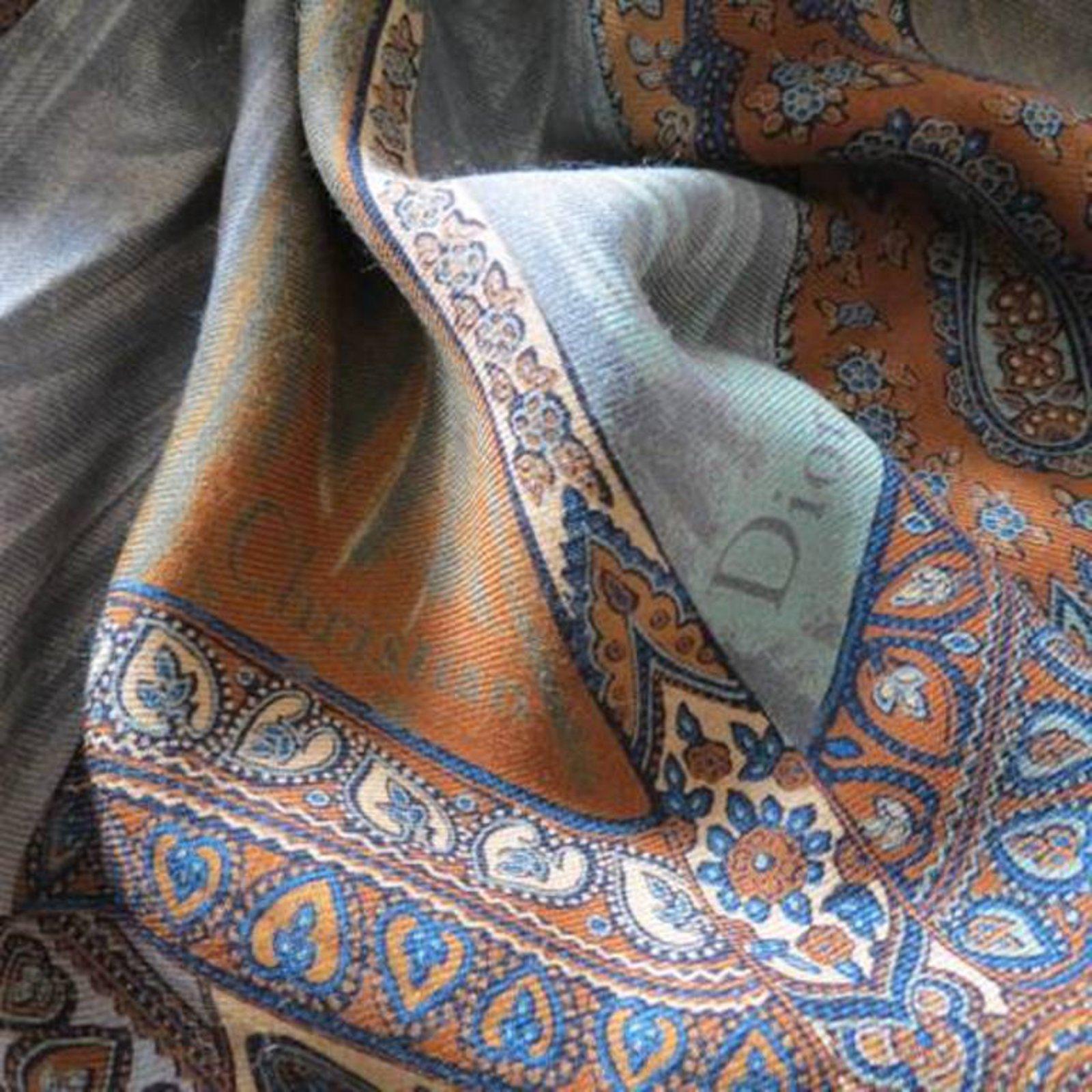 Foulards Christian Dior -Grande étole en laine, vintage Laine Multicolore  ref.53606 - Joli Closet 10ac4dbbc0f