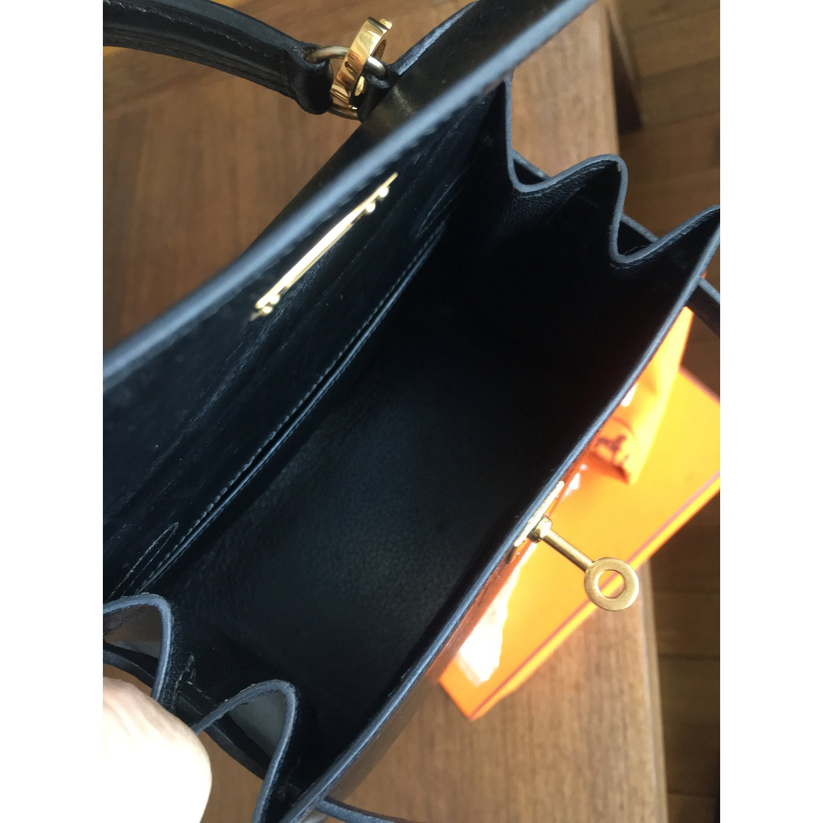 6b897018191b6 Sacs à main Hermès Très rare sac HERMES Kelly Mini 20 cm Box noir Cuir Noir  ref.55883 - Joli Closet