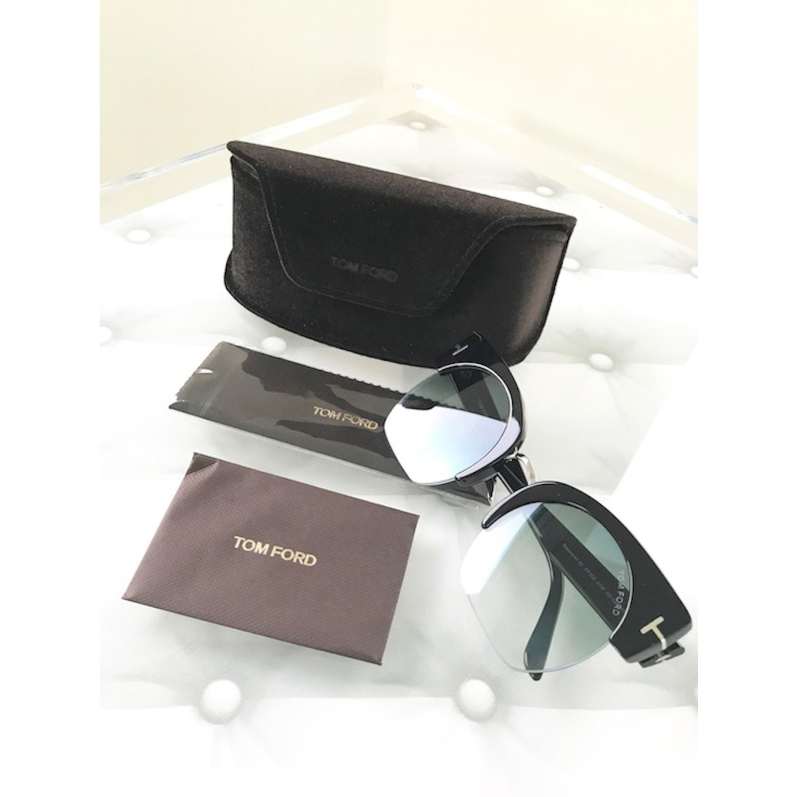 21c392b12bcc Tom Ford Sunglasses Sunglasses Plastic Black ref.56772 - Joli Closet