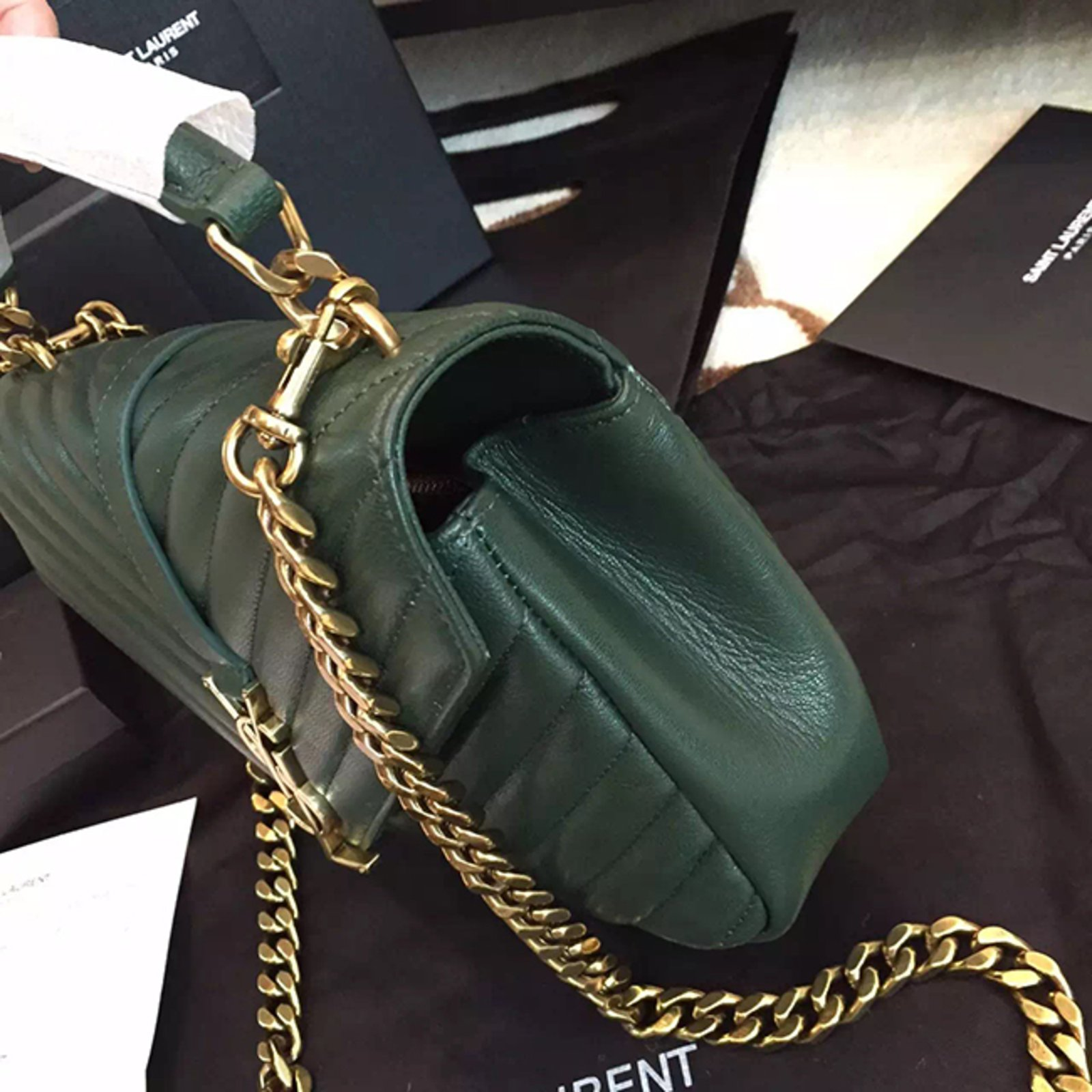 fe101a115e Yves Saint Laurent YSL green college chain shoulder bag medium Handbags  Leather Green ref.57110 - Joli Closet