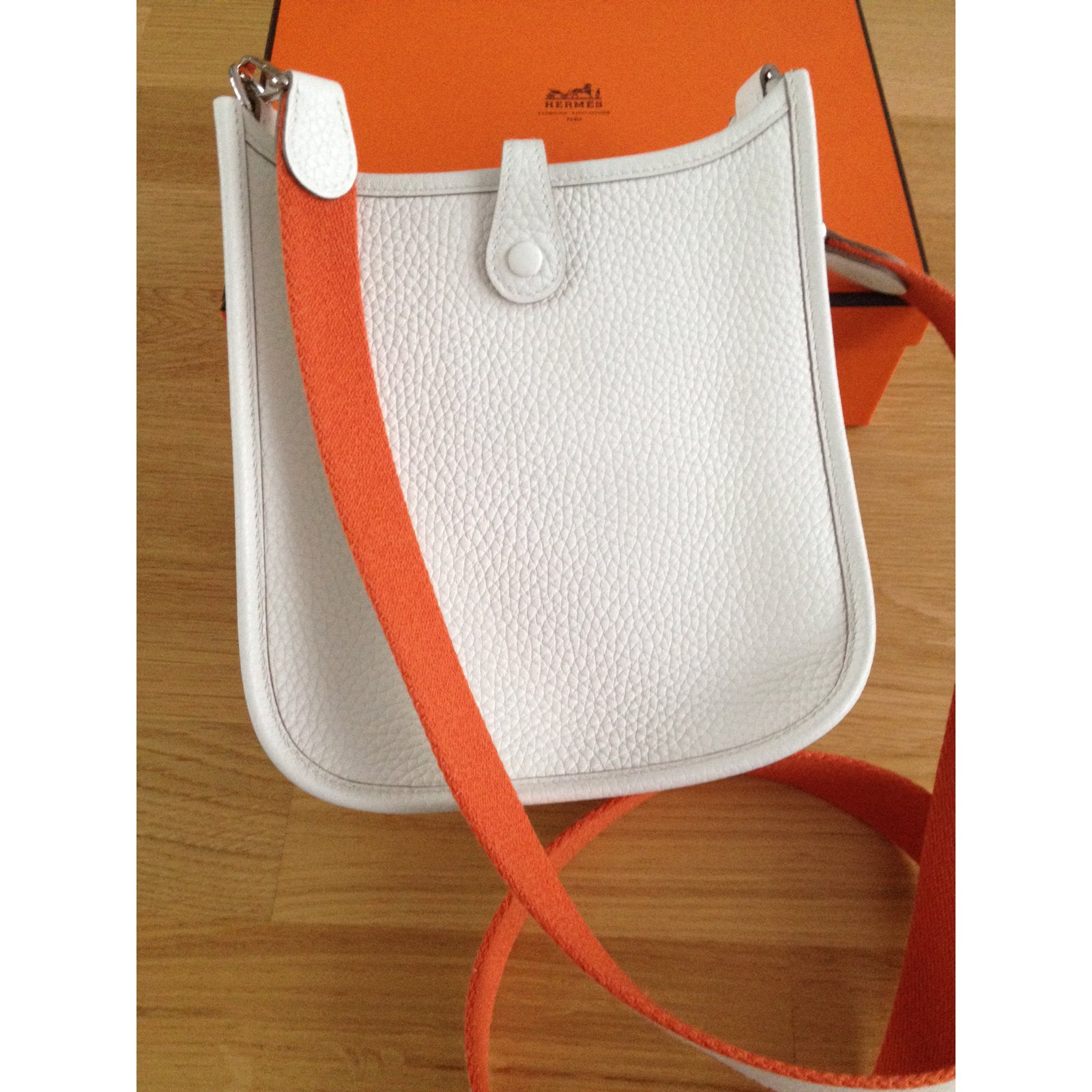 9a8e795a12a0 uk hermes orange evelyne iii pm bag 6242e a9425  new zealand sacs à main hermès  evelyne cuir blanc ref.57259 joli closet d5729 d30ec
