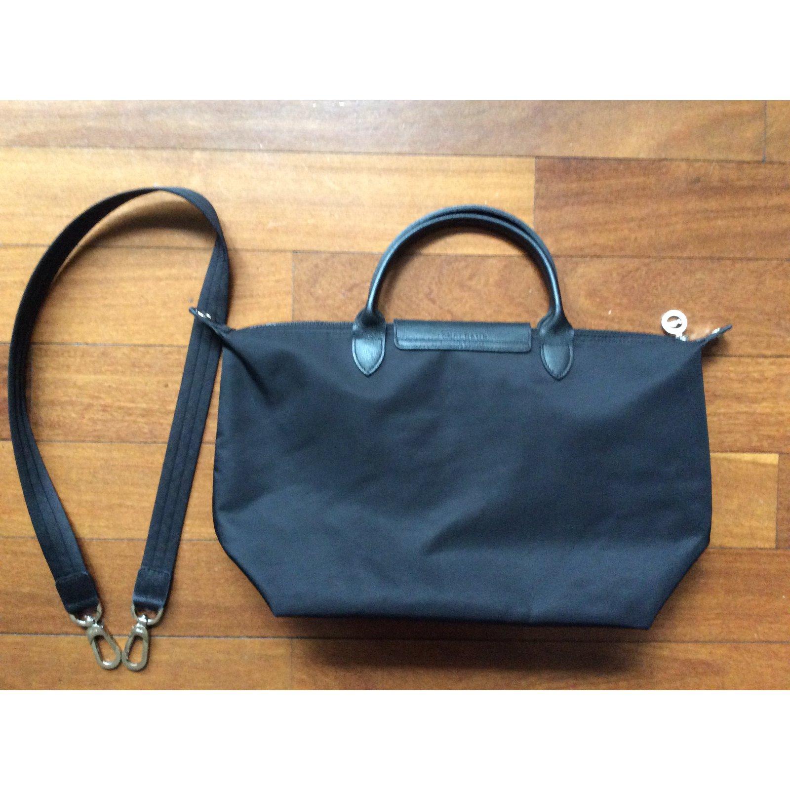 Longchamp le pliage néo taillé M Handbags nylon Black ref.57740 - Joli  Closet 8f75c2f83e