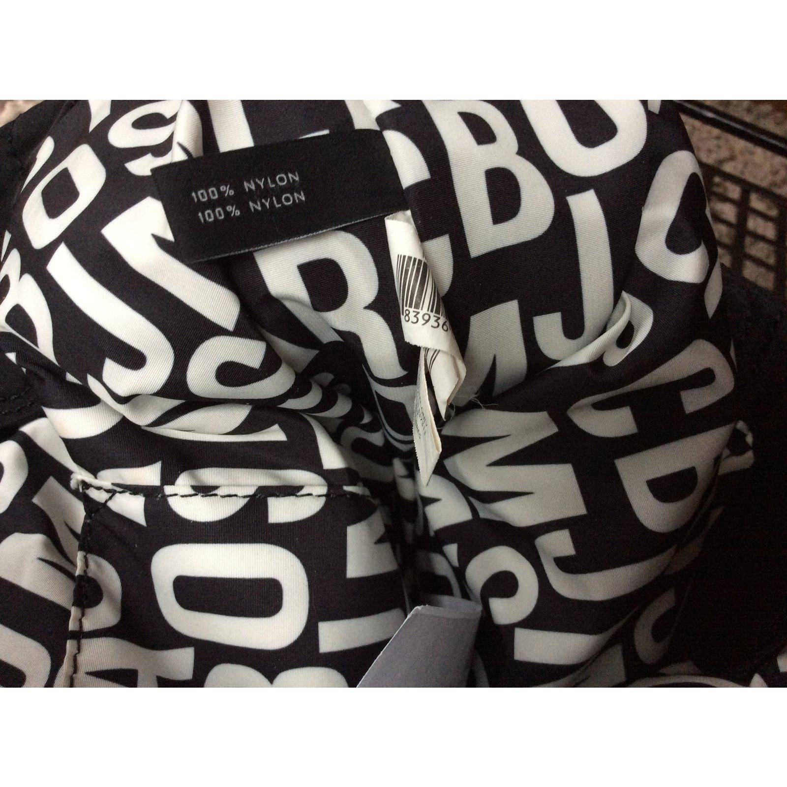 484f199f0683 Marc by Marc Jacobs Handbags Handbags Nylon Black ref.57744 - Joli Closet