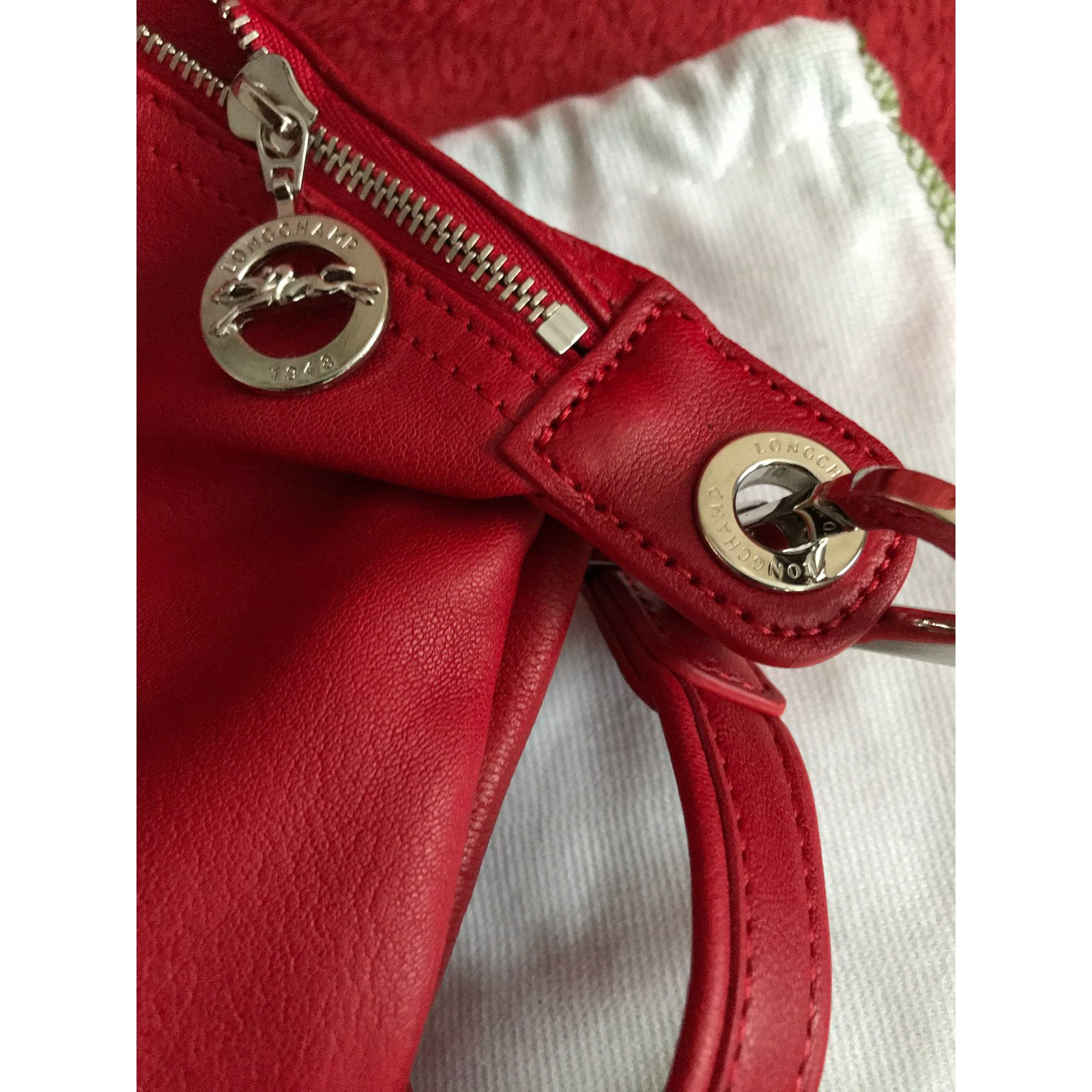 c18cf60b26cb Longchamp Le Pliage Cuir leather shopper - Red- New with tags Handbags  Leather Red ref.58103 - Joli Closet