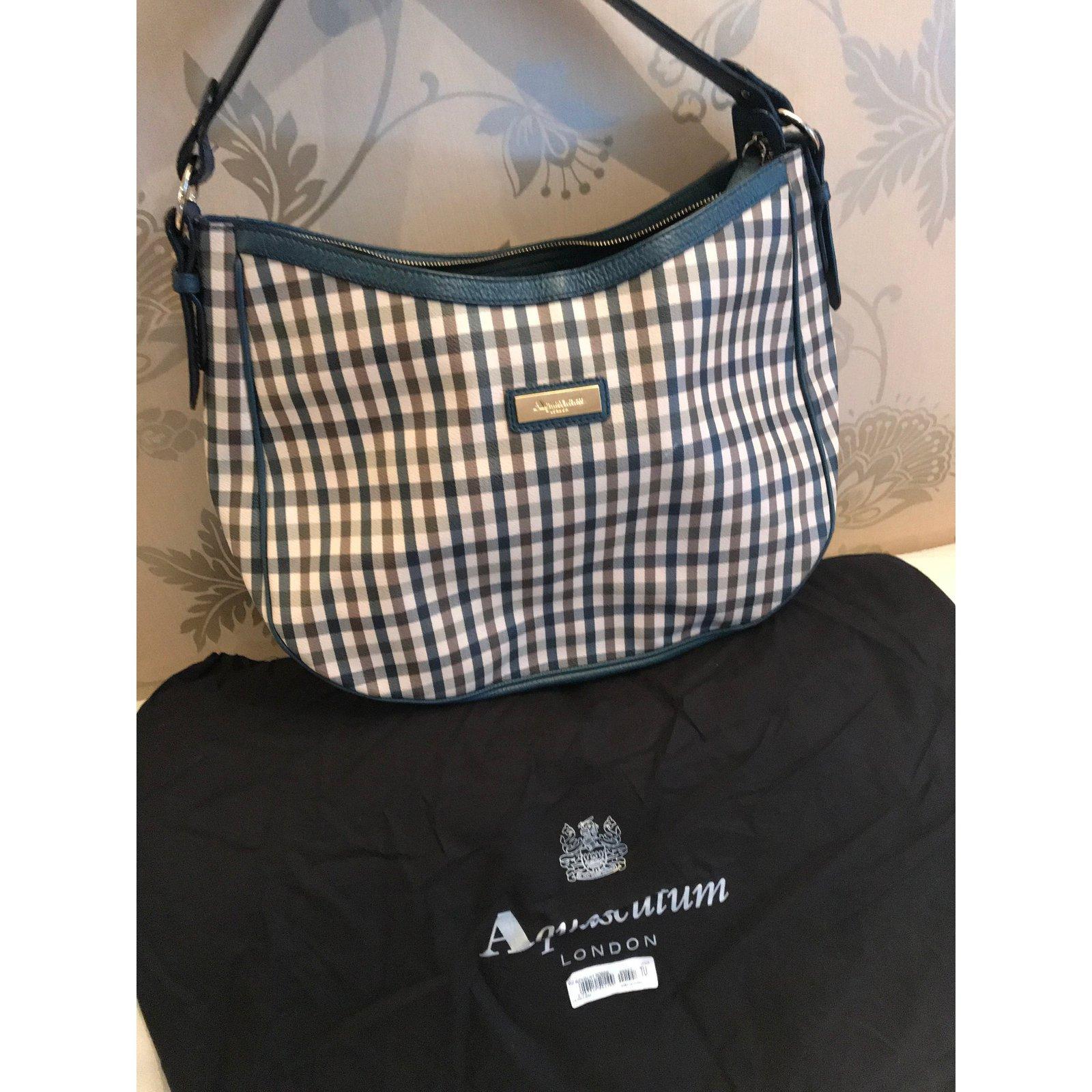 Aquascutum London Medium Handbag Hobo Limited Edition Handbags Leather Beige Ref 58385 Joli Closet