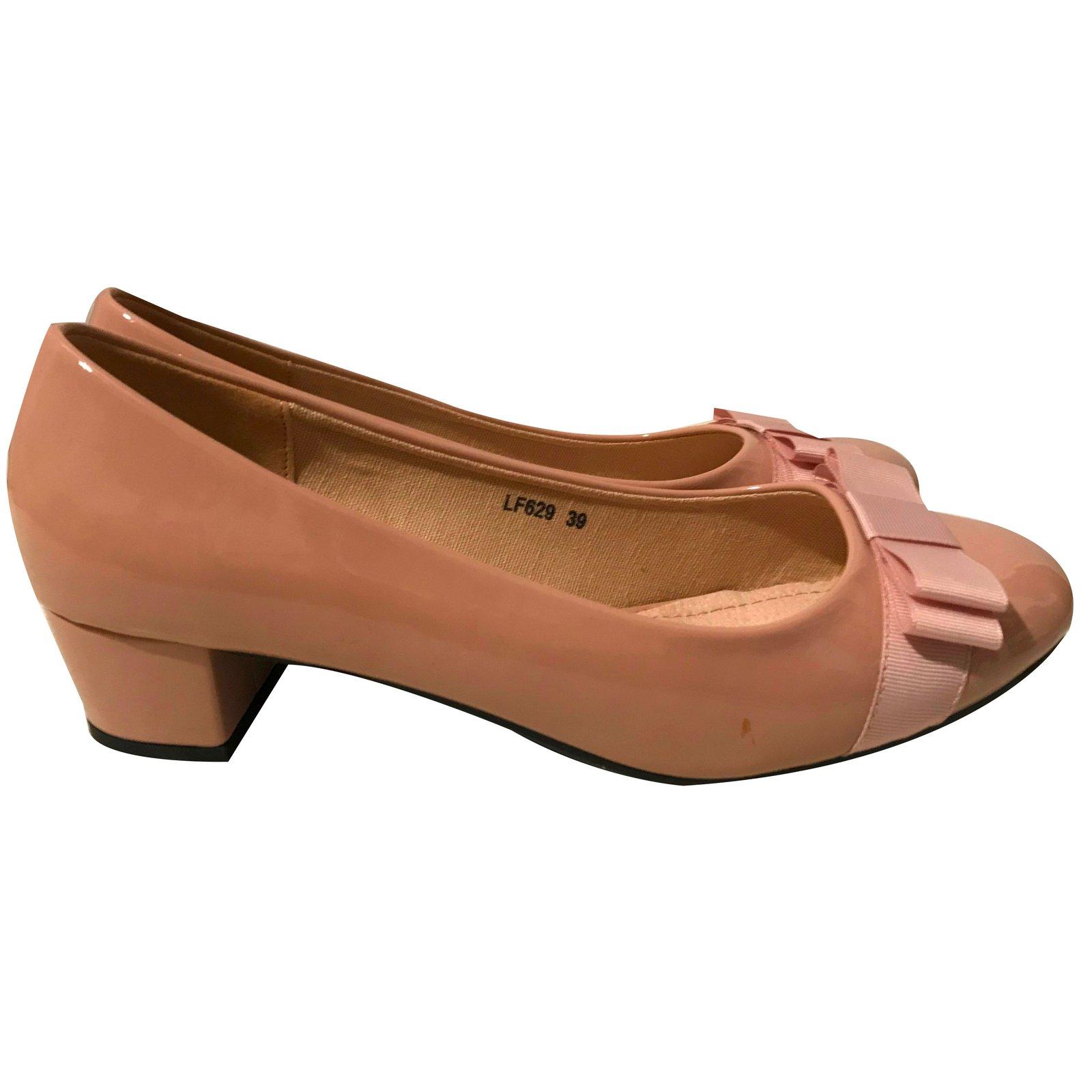 7d15a210bb4a7b Ballerines LA BOTTINE SOURIANTE cuir verni beige 39 wdHoe - poll ...
