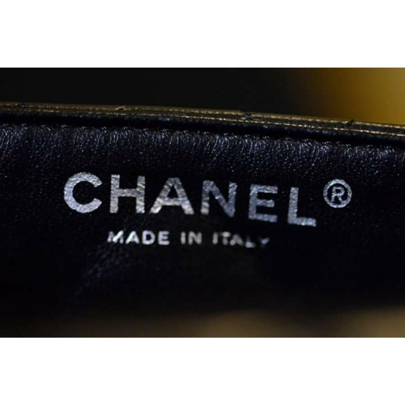 27a2ca4a2a1 Chanel Flap classic Handbags Leather Black ref.58697 - Joli Closet