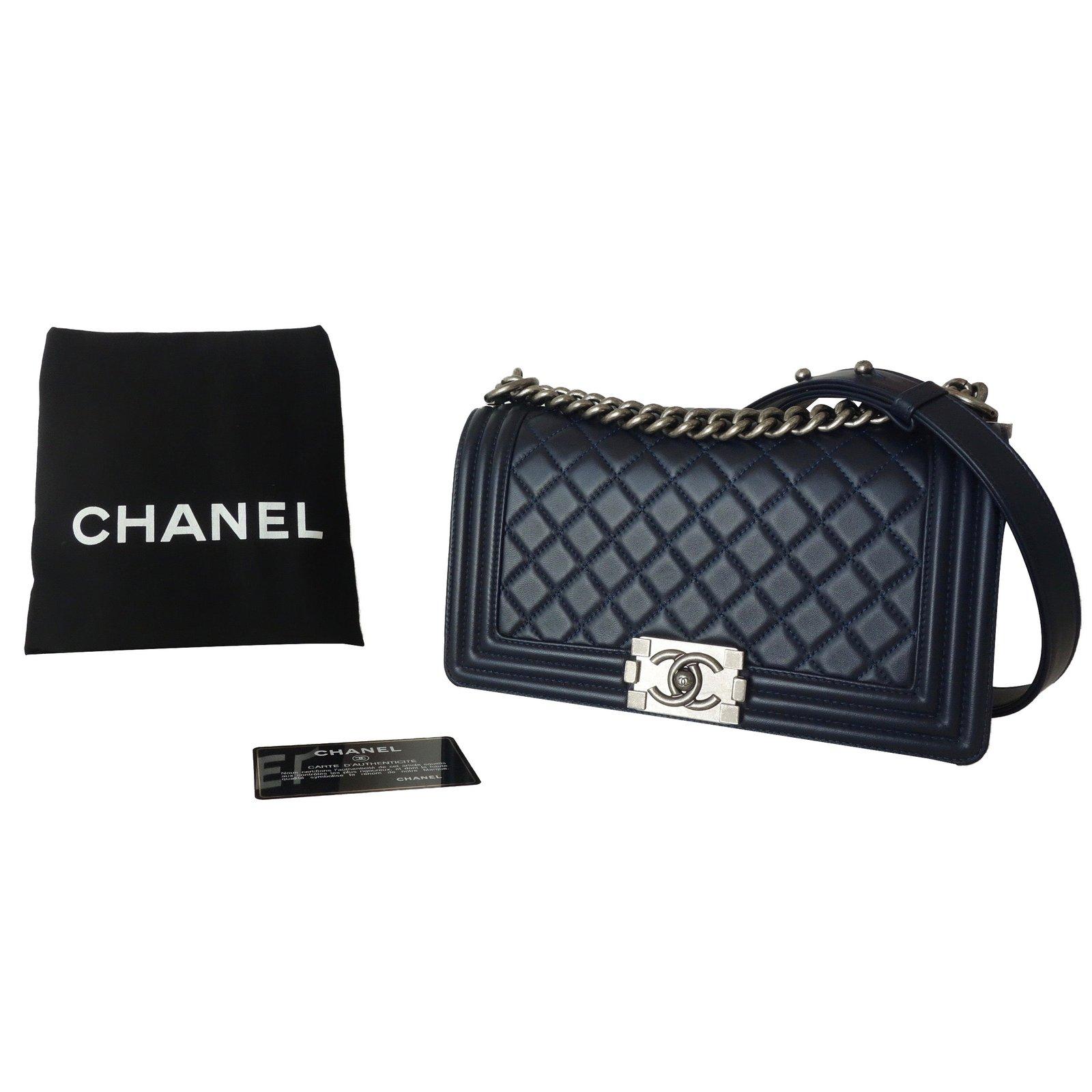 0158c10af6b Chanel BOY MEDIUM Handbags Leather Blue ref.59194 - Joli Closet