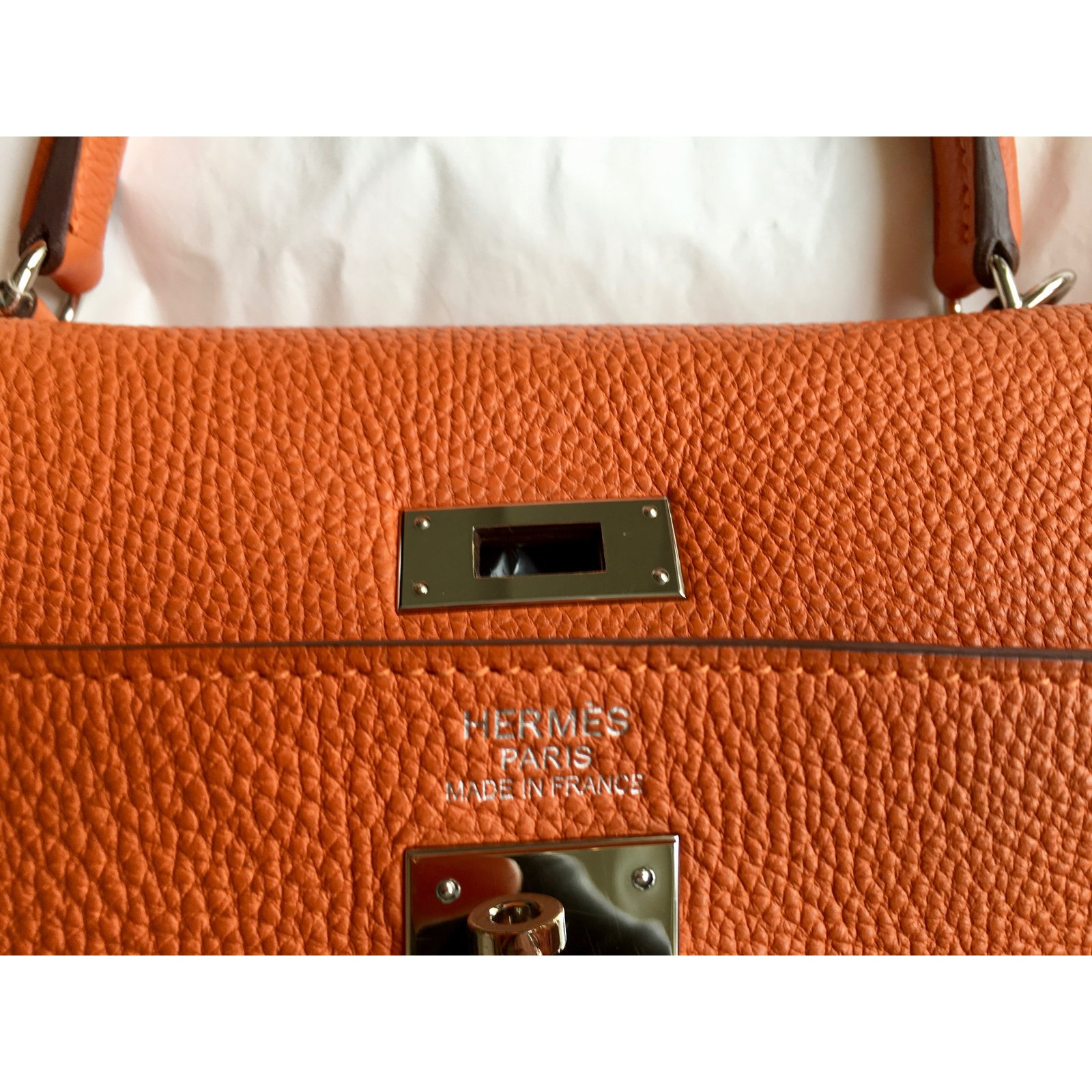de30eb86e433 Hermès Kelly 35cm Togo orange Handbags Leather Orange ref.59773 - Joli  Closet
