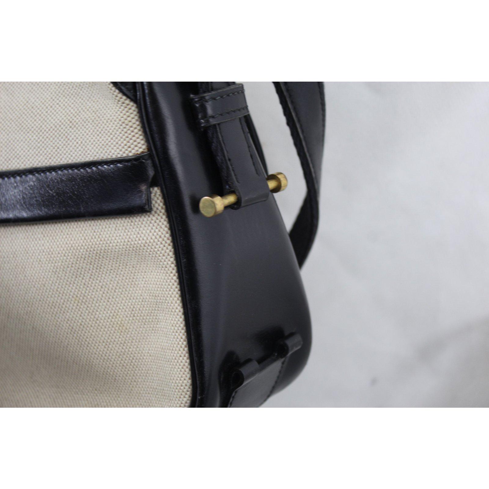 5782d8cf264f Hermès Vintage Noumea bag Handbags Leather Beige ref.60351 - Joli Closet